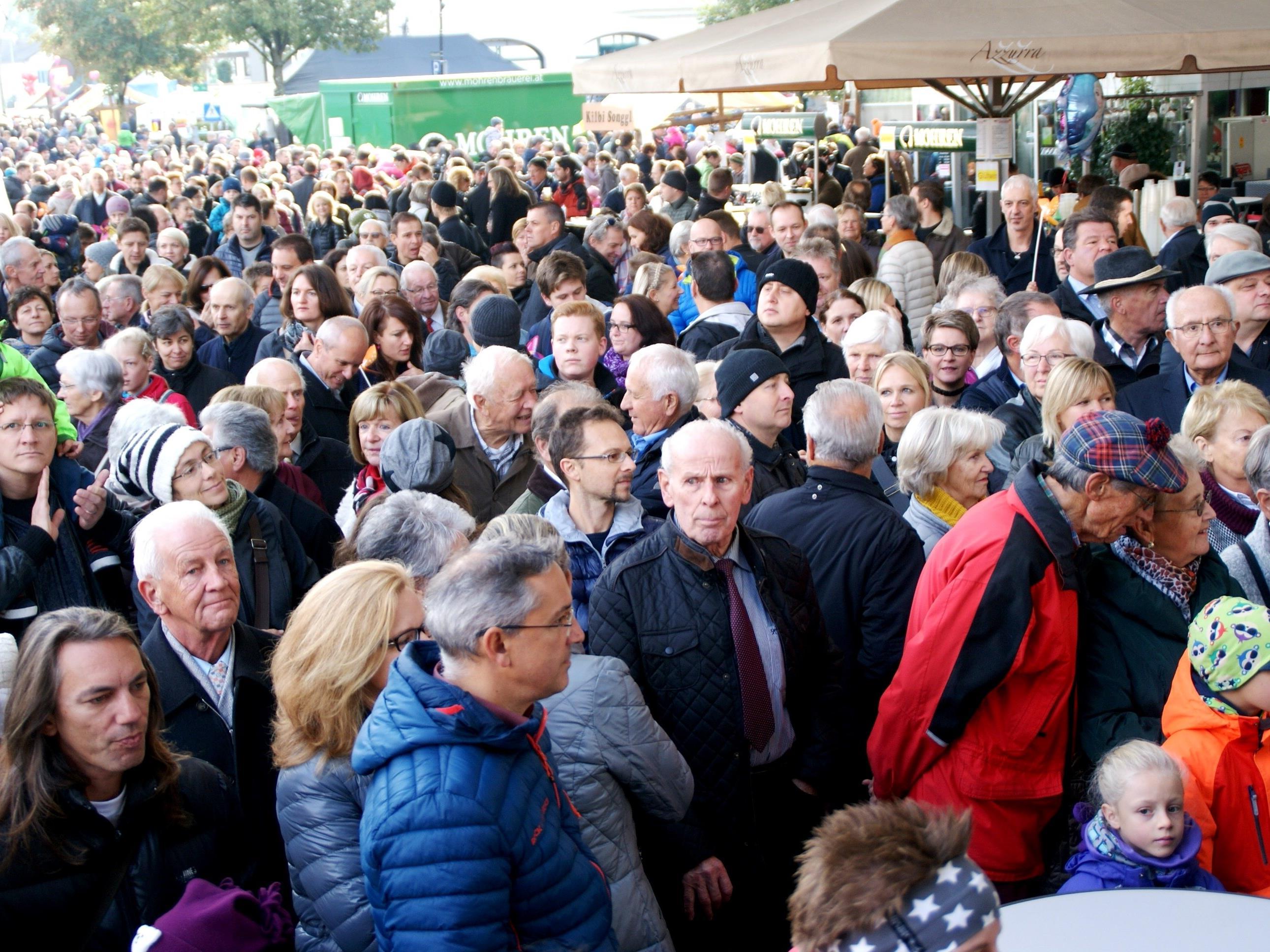 Tausende Besucher verbrachten den Sonntag auf der Luschnouar Kilbi