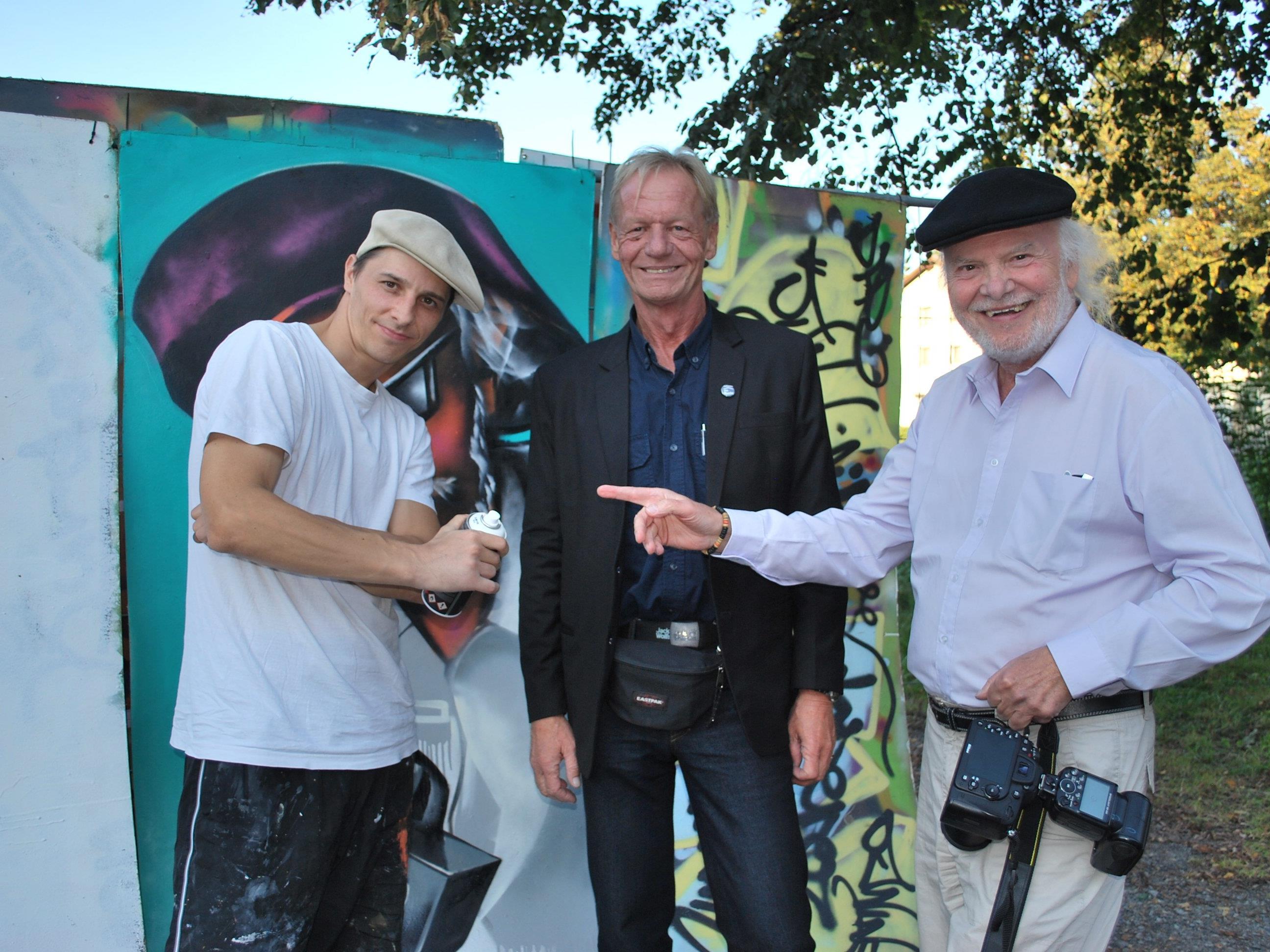 Dietmar Wankon, Martin Hagen, Francois Ferst (vr)