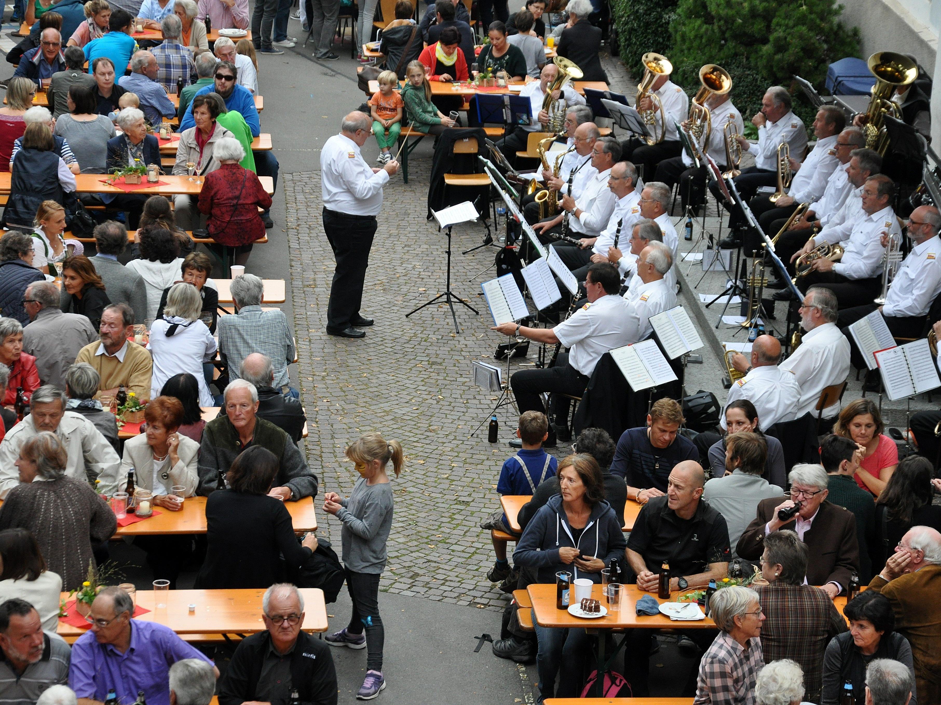 """Das """"Oktoberdorf"""" hat sich zu einem Highlight im herbstlichen Veranstaltungskalender entwickelt."""