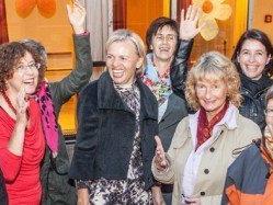 Das Frauennetzwer-Vorderland-Team mit Regionen-Sprecherin Angela Alicke (li.).