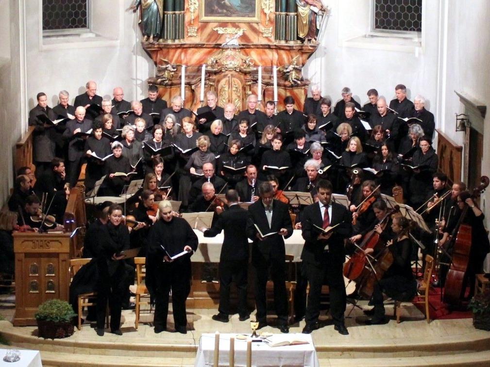 Das Mozart-Requiem findet an Allerseelen statt.