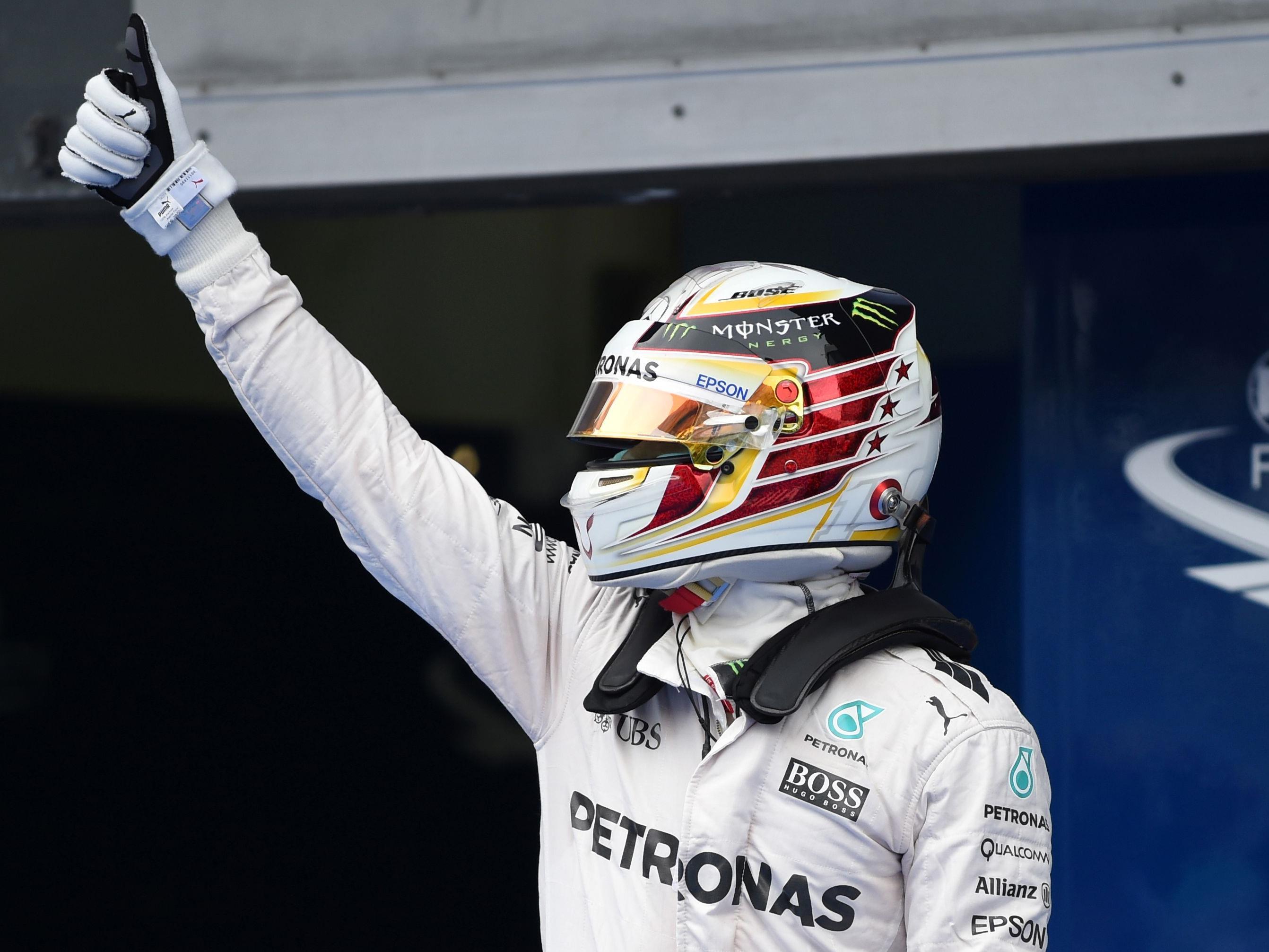 Hamilton auf Pole.