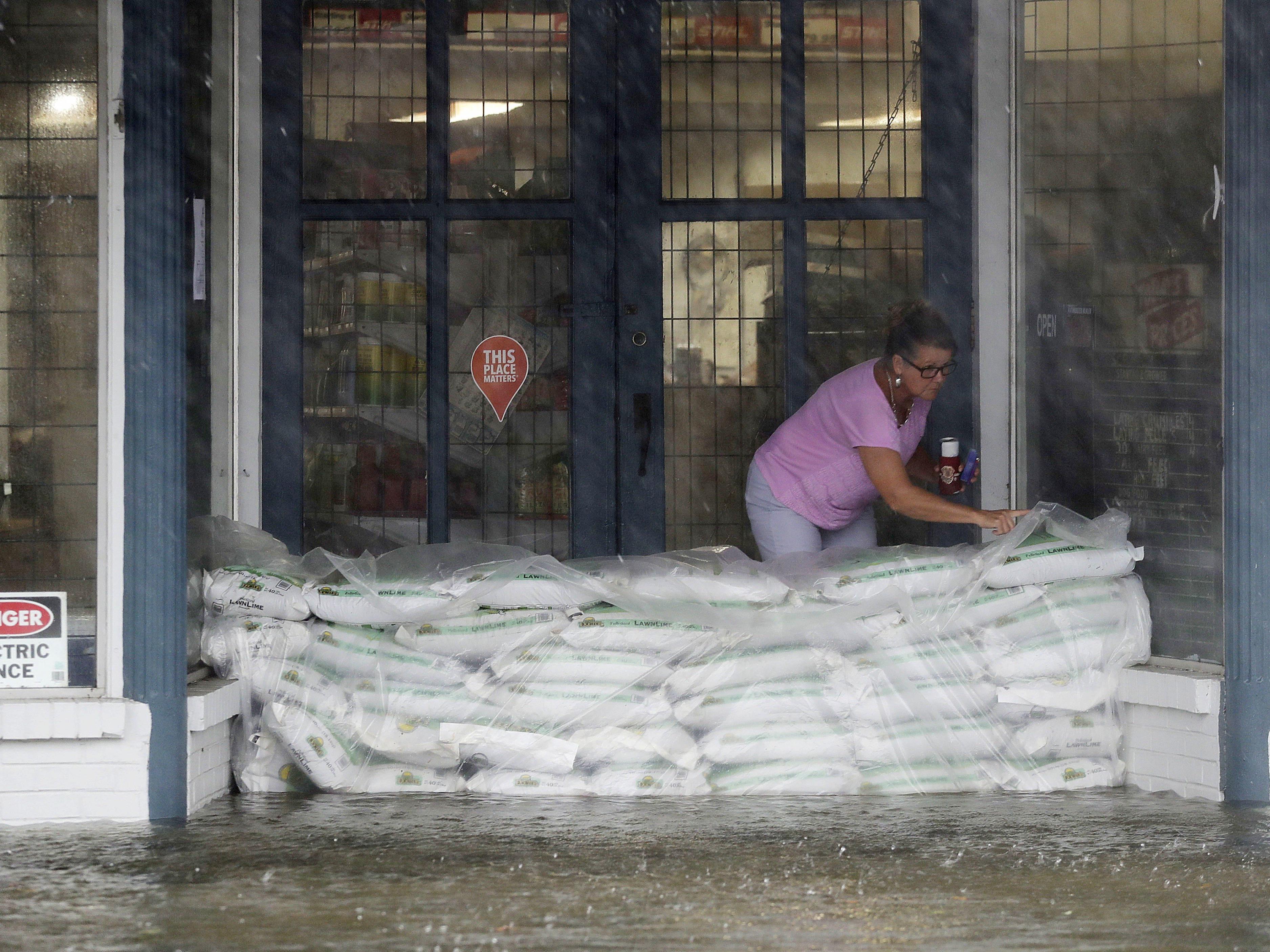Die Anwohner der Küstenregion der USA bereiten sich auf den Hurrikan vor