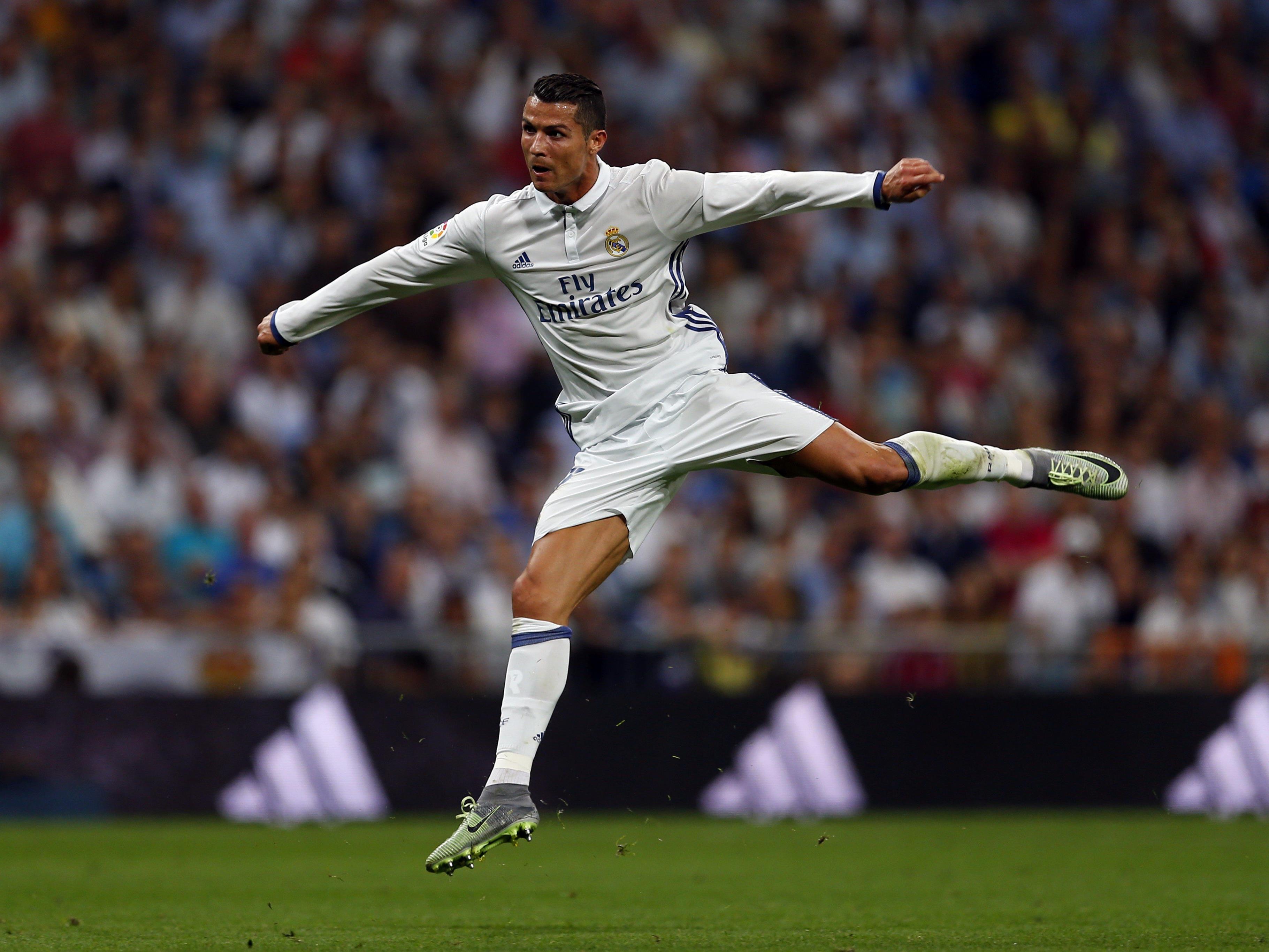 Superstar Cristiano Ronaldo soll einen neuen Vertrag bei Real Madrid bekommen.