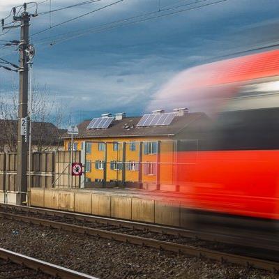 Die Anträge der Westbahn gegen den Bahn-Deal zwischen Land Vorarlberg und ÖBB sind abgewiesen worden.