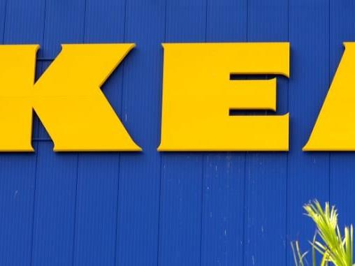 Die Jugendliche haben sich im Ikea in Eching einsperren lassen.