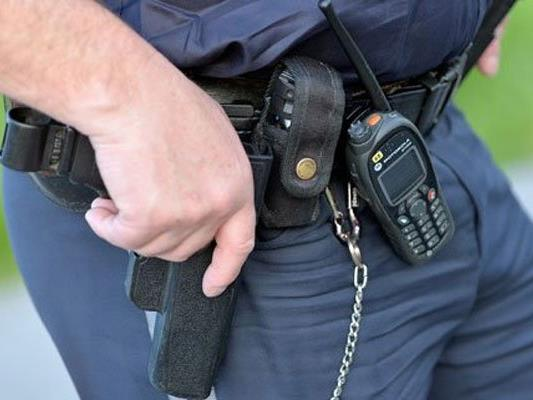 Der Polizeibeamte soll ein Geständnis abgelegt haben.