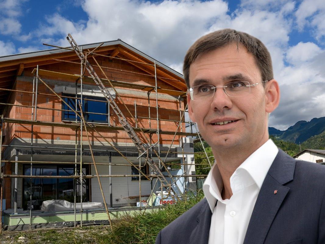 Der Vorarlberger Landeshauptmann Markus Wallner (ÖVP) stellte heute gemeinsam mit Landesstatthalter Karlheinz Rüdisser (ÖVP) die Regierungsnovelle der Bautechnikverordnung vor.