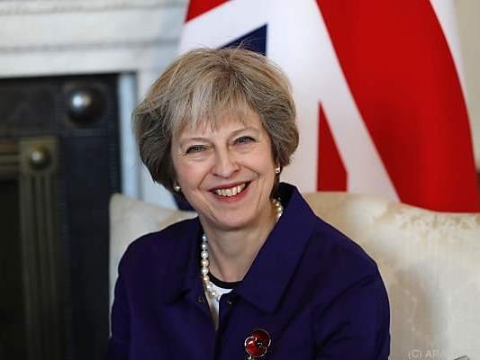 Premierministerin May kündigte an, den Antrag bis Ende März zu stellen