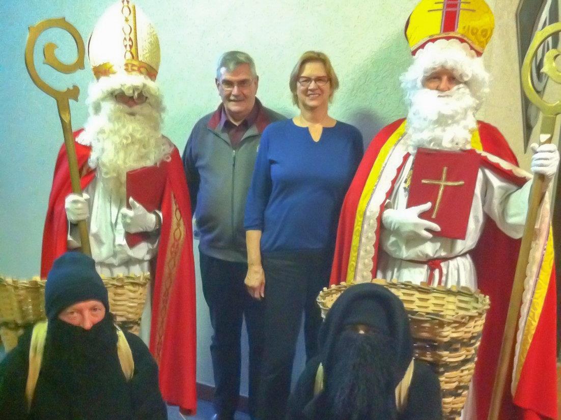 Monika und Gustav Schreiber organisieren auch heuer wieder die Nikolausbesuche in Vandans.