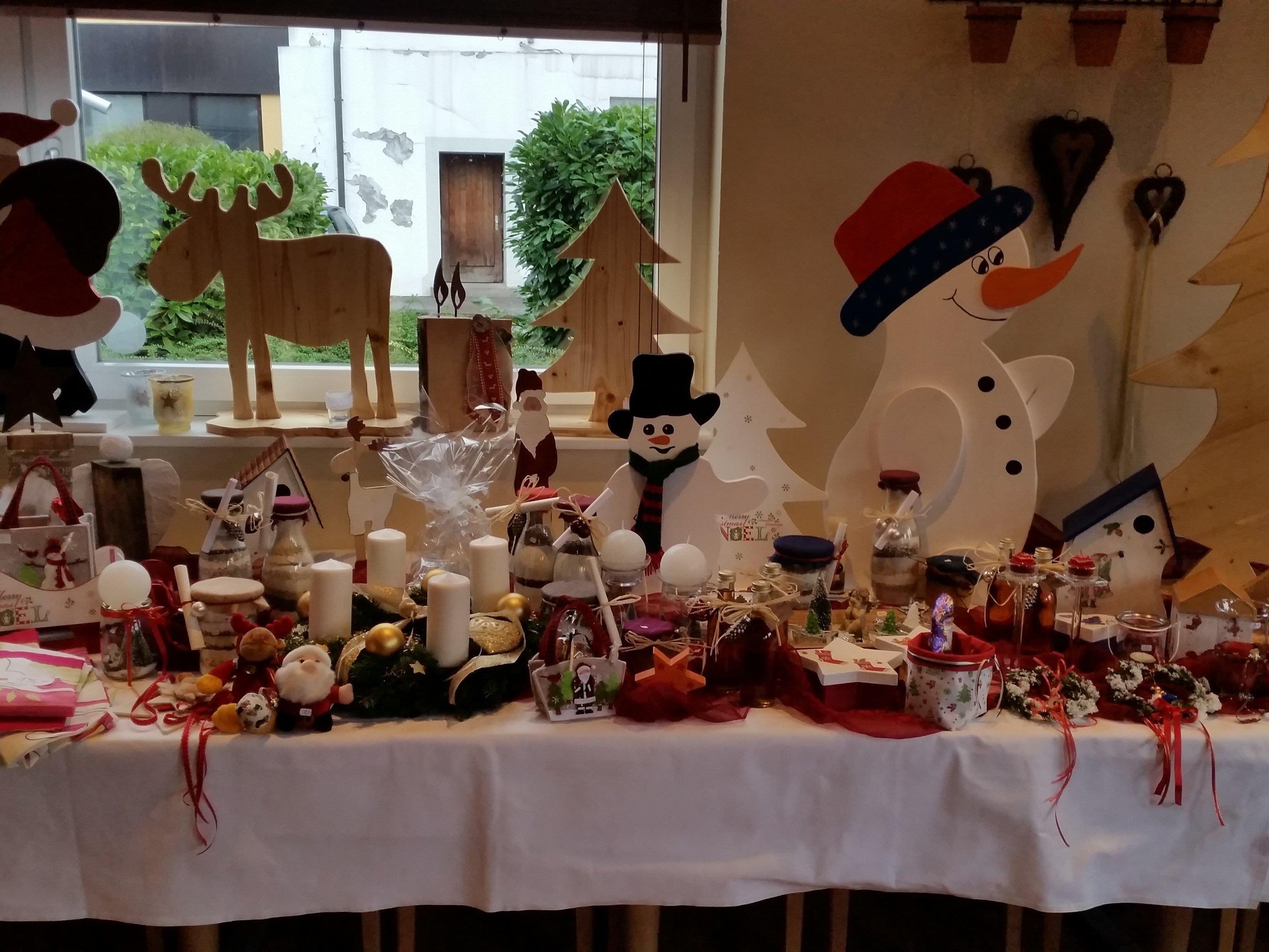 Am 7.12. kann man beim Nikolausmarkt vor dem Merkur wieder das Projekt Herzenssache unterstützen.