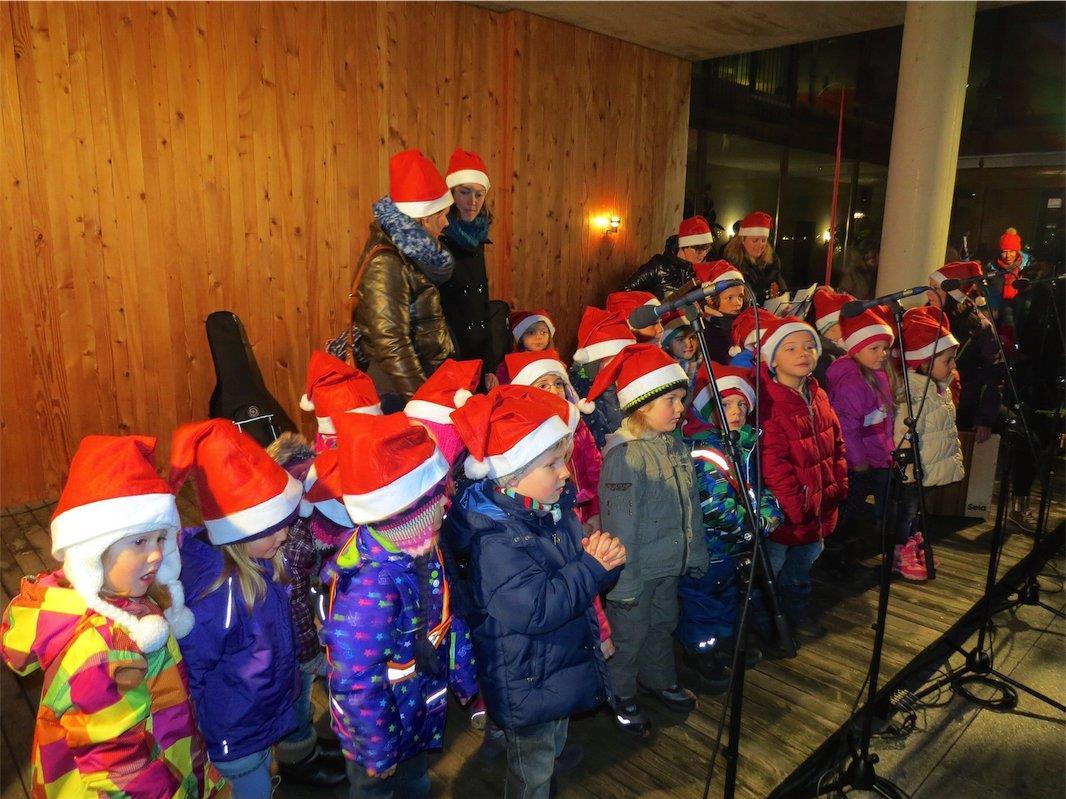 Nicht nur der Kinderchor Frohsinn Nofels, sondern auch die Kinder vom Kindergarten Franz-Heim-Gasse sind heuer wieder dabei.