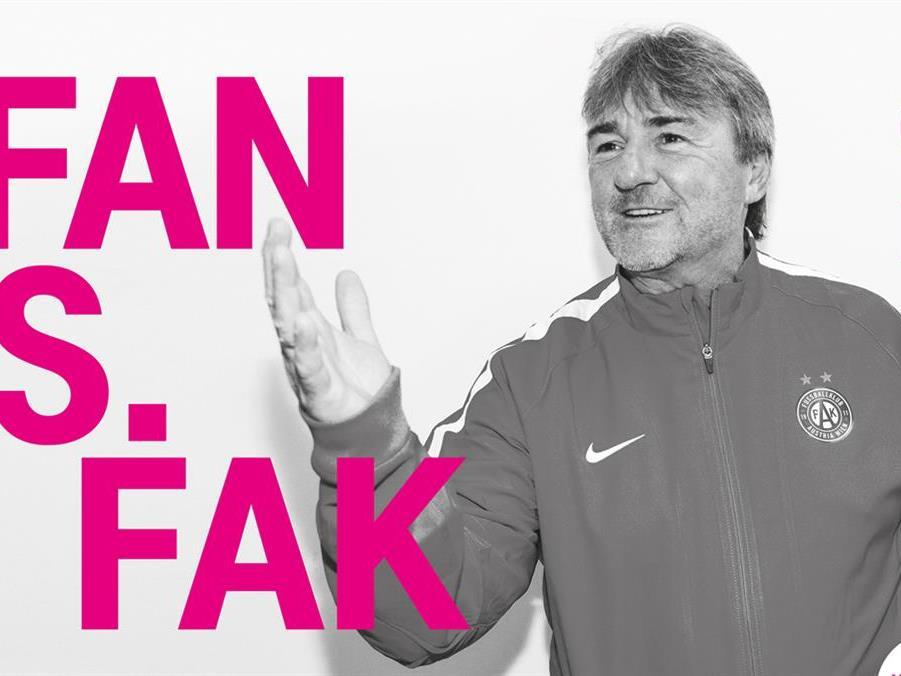 Andy Ogris coacht die Fans gegen den FAK.