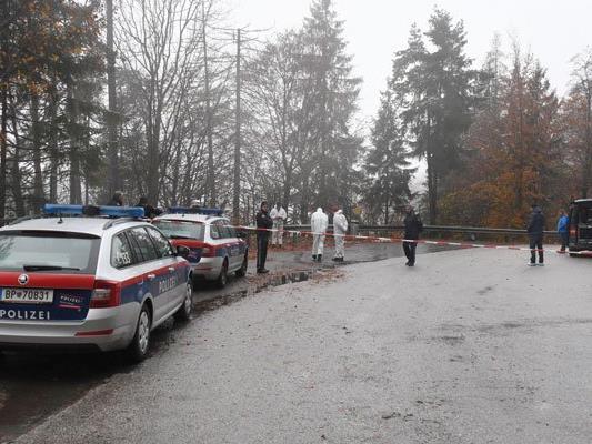 Die Leiche wurde auf einem Parkplatz im Gemeindegebiet von Söll gefunden.