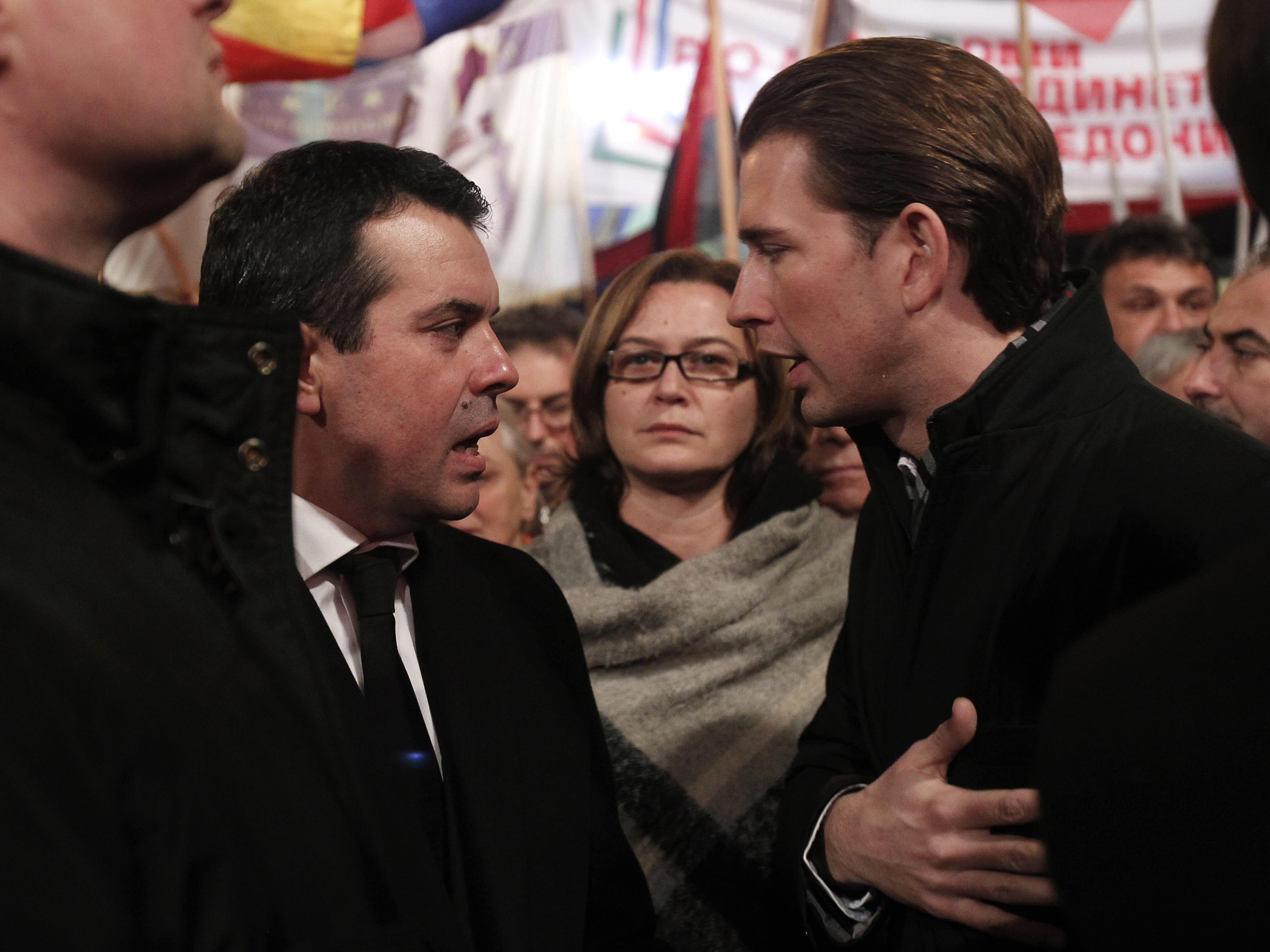 ÖVP-Unterstützung für konservative Regierungspartei in Balkanstaat sorgt für Irritation.