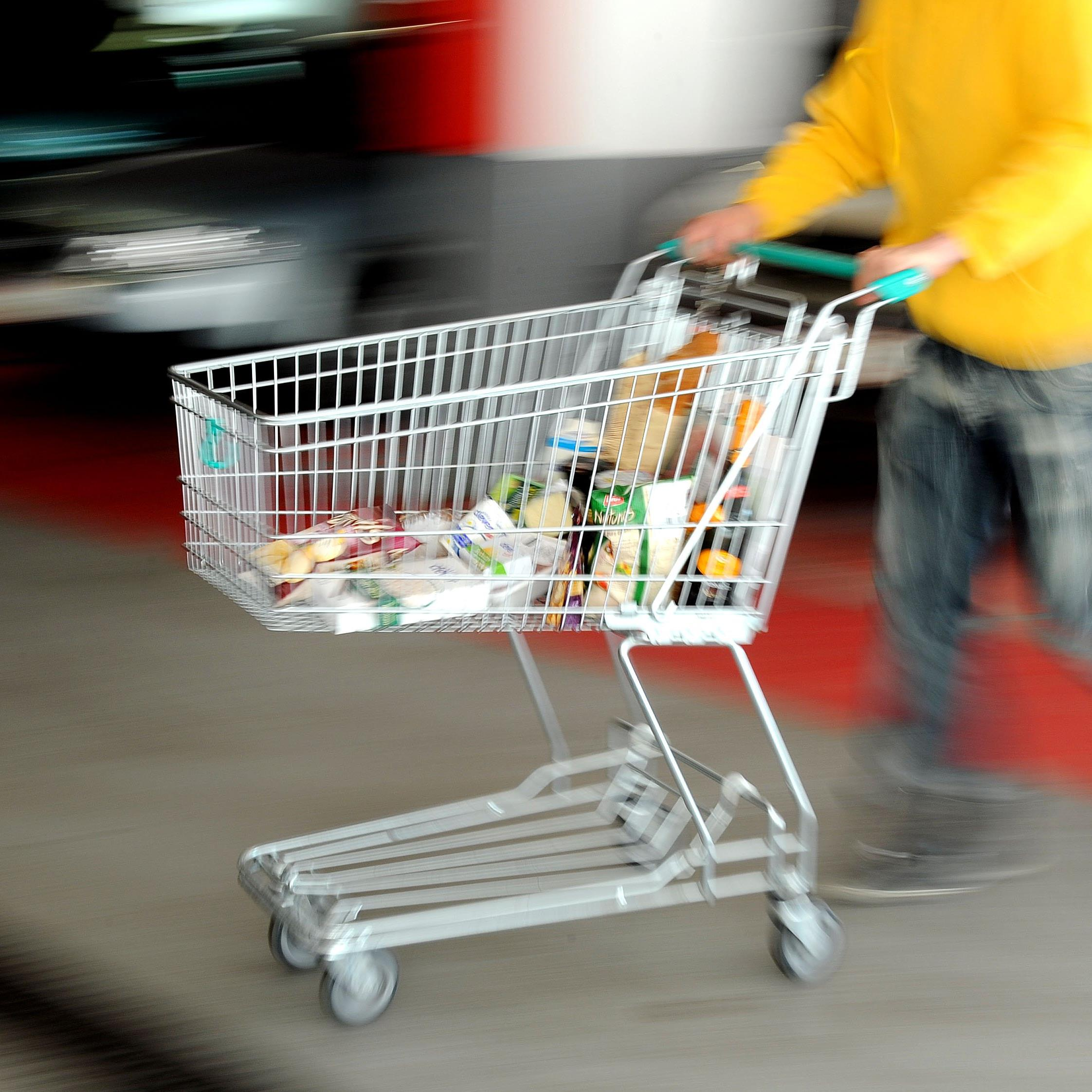Der Warenkorb des täglichen Einkaufs wurde durch die Inflation teuer