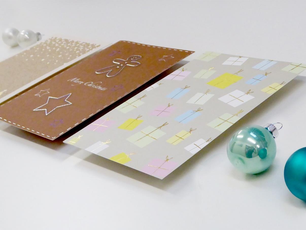 Wunderschöne Weihnachtskarten, aber auch kreative Geschenke können ab sofort im Weihnachtsshop in der Kronhalde erstanden werden.