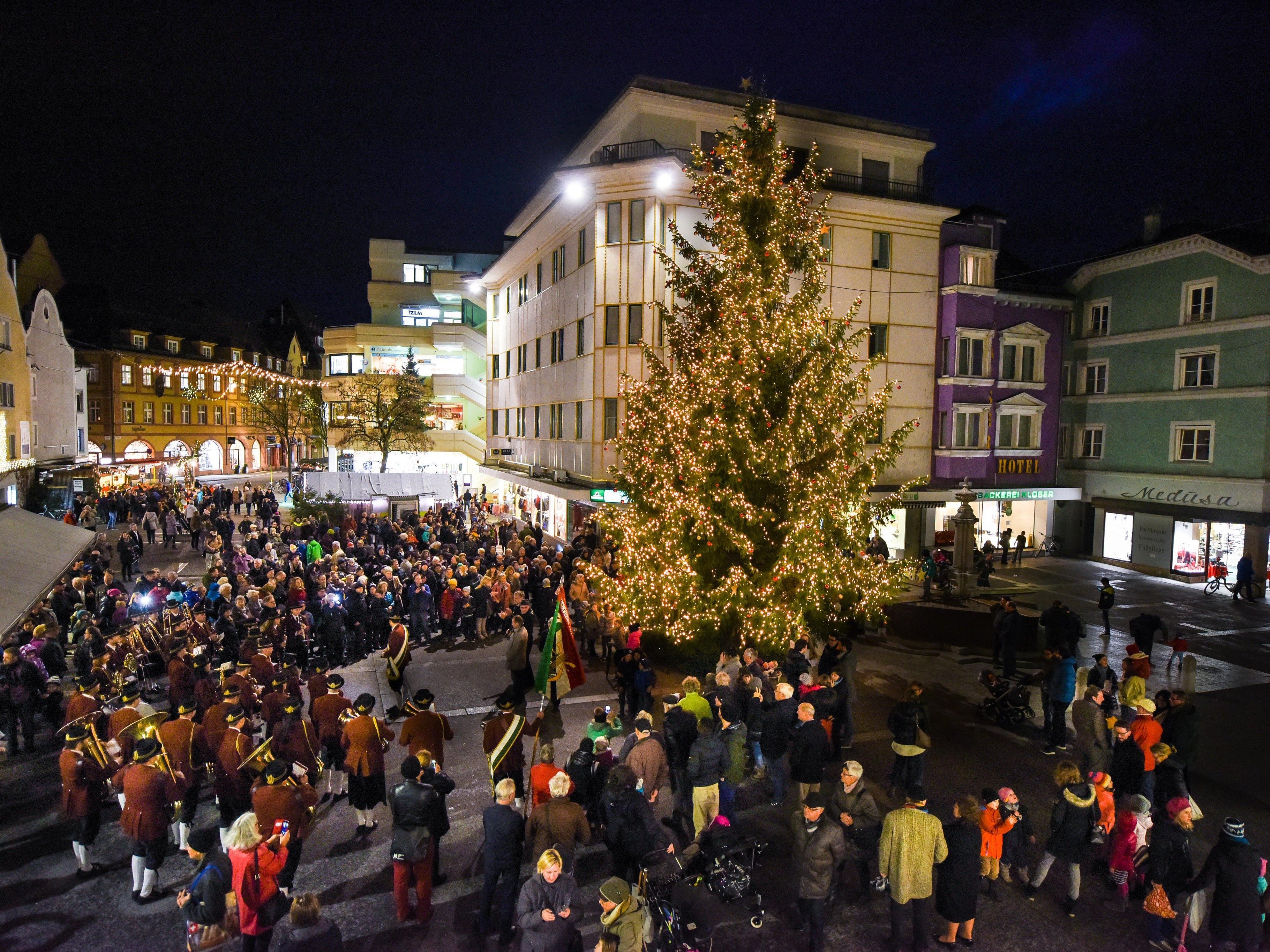 Der Bregenzer Weihnachtsmarkt ist eröffnet.