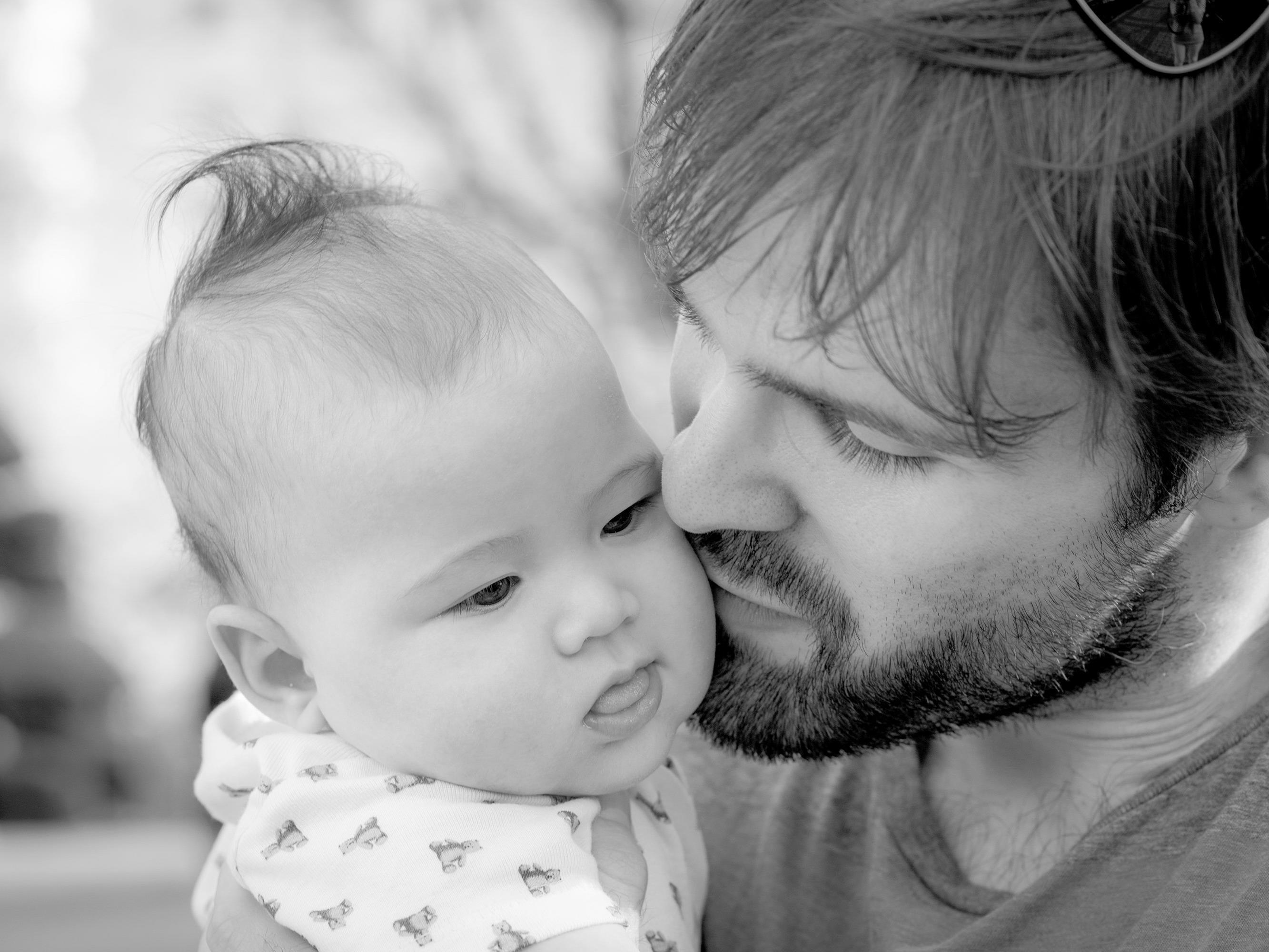 Immer mehr Männer wollen nicht nur Zaungast in der eigenen Familie sein.