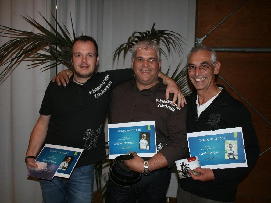 Hannes (Ehrung 20 Jahre), Dietmar (Ehrung 30 Jahre) und Martin (Ehrung 40 Jahre)