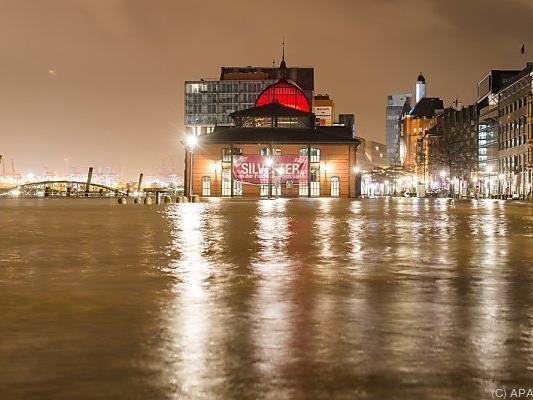 Auch der Fischmarkt wurde überflutet