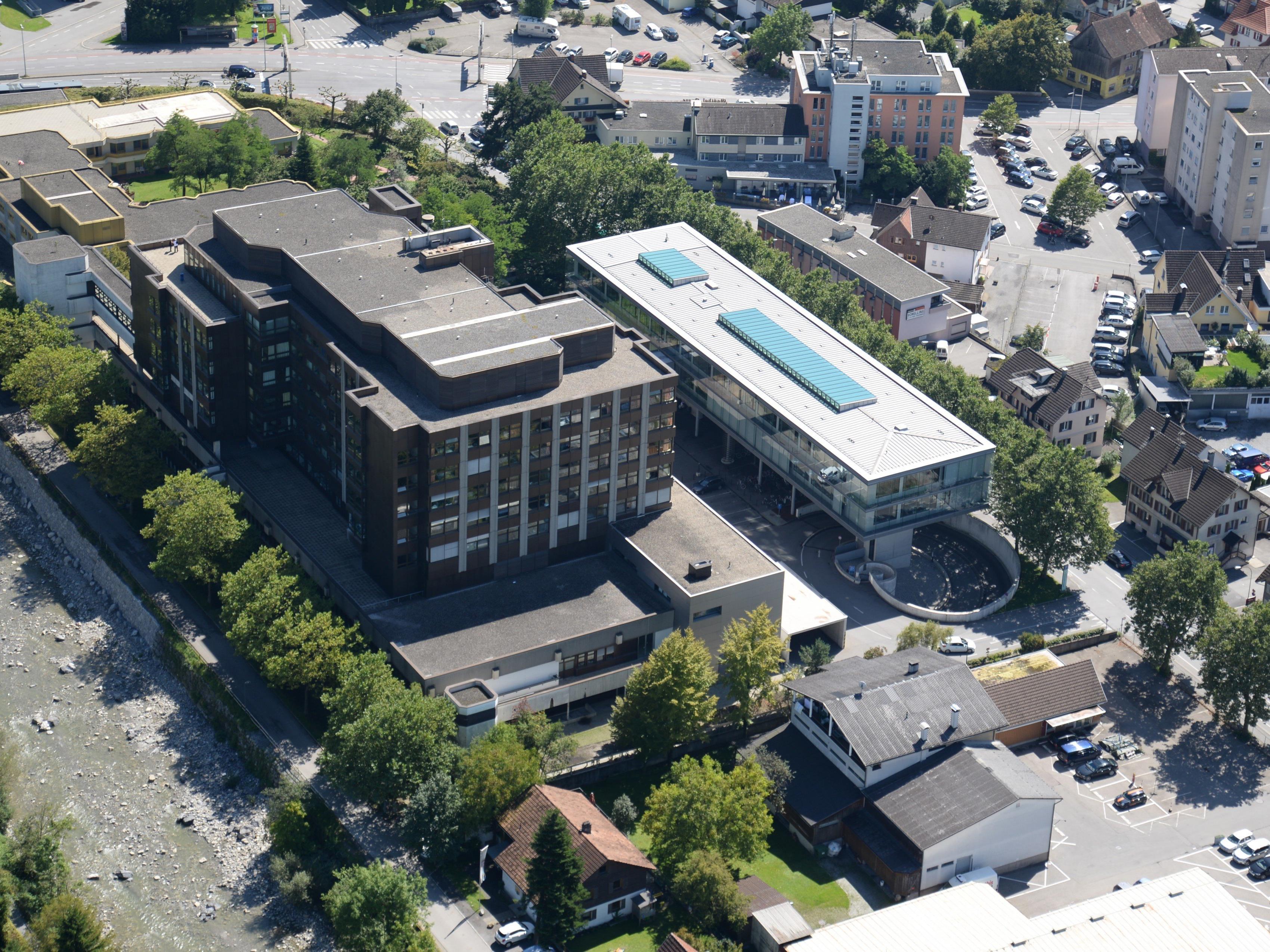 Die ersten Bauaufträge für die Errichtung eines neuen Hubschrauberlandeplatzes für das Krankenhaus Dornbirn wurden vergeben.
