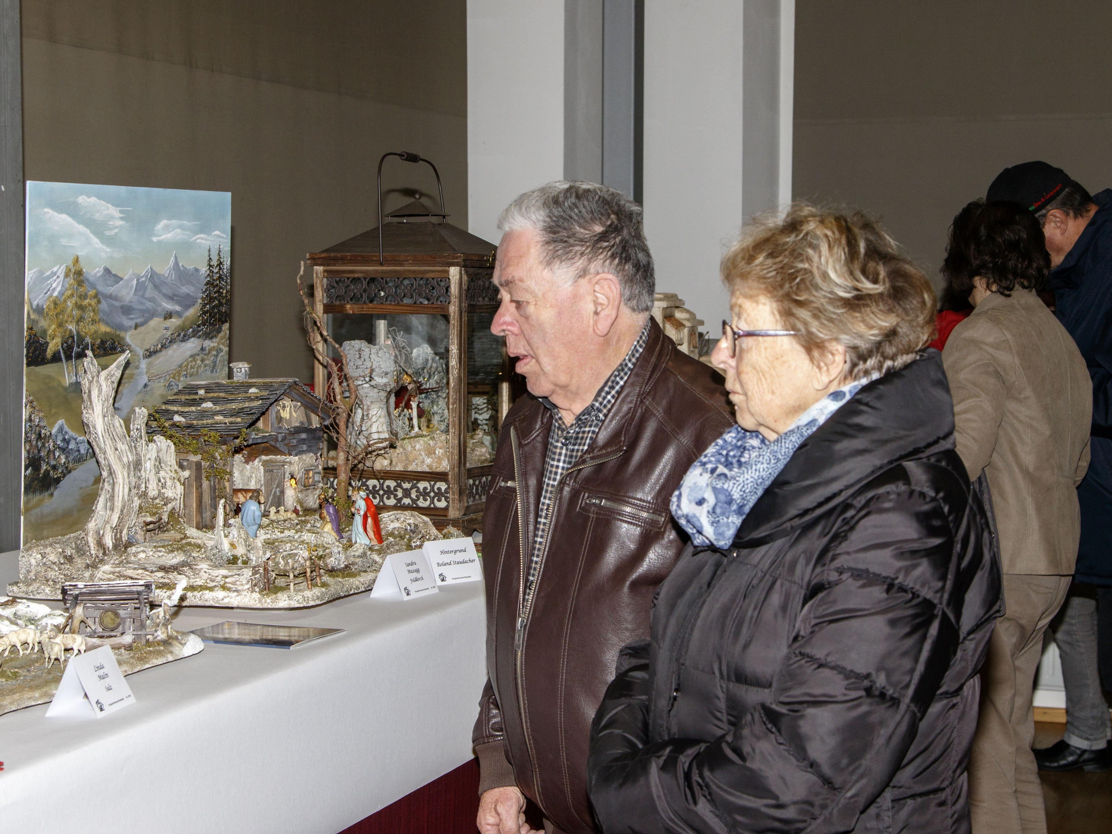 Viele begeisterte Beuscher bei der Krippenausstellung in Rankweil.