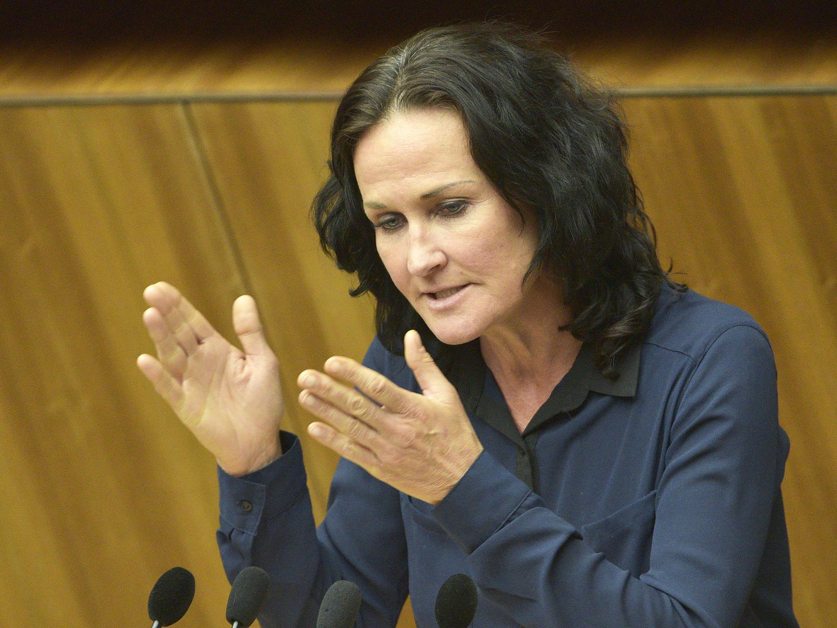 """Pilz spendete am 23. August 1.000 Euro - Glawischnig gesteht """"Lapsus"""" ein."""