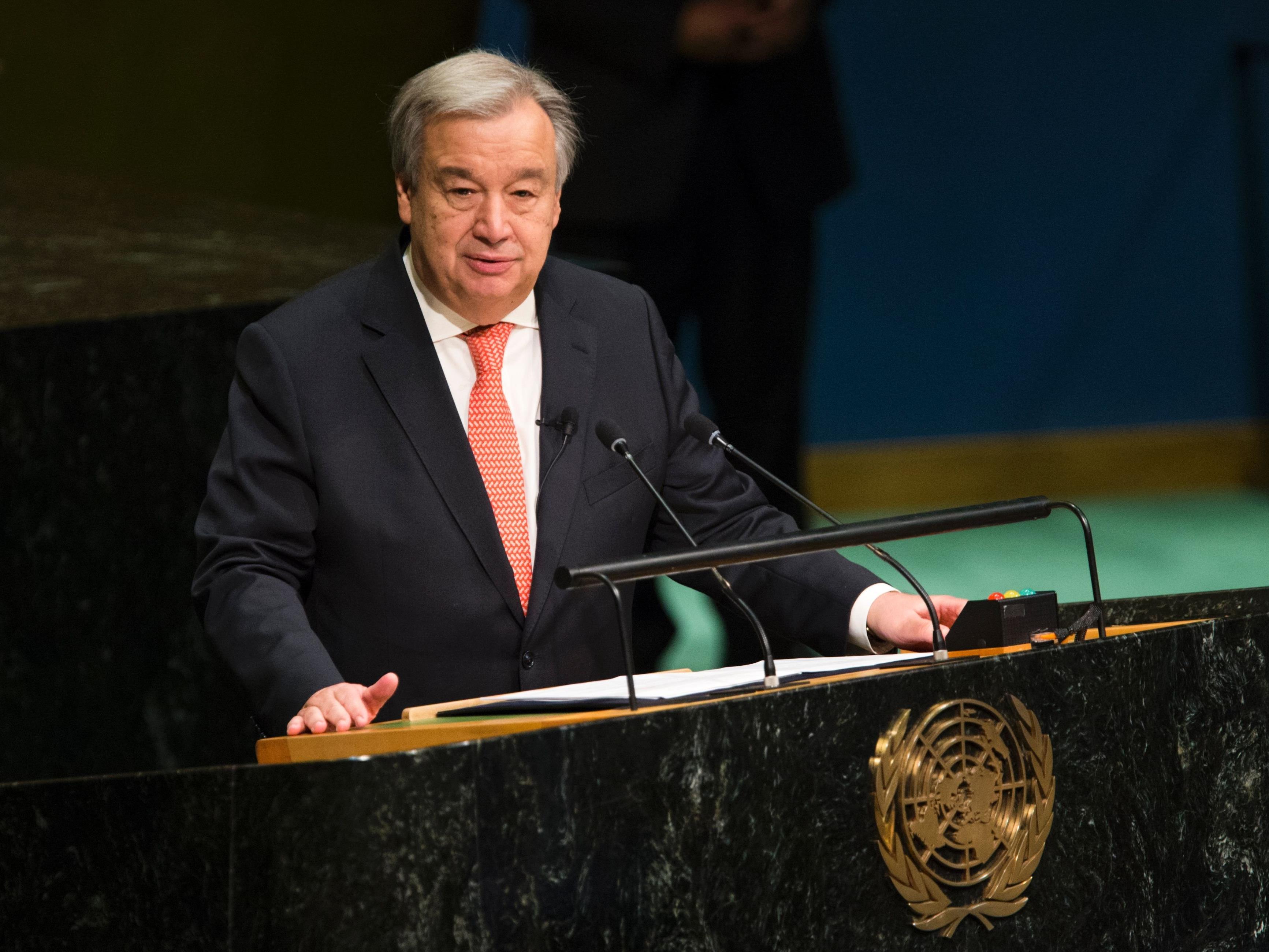 Antonio Guterres legte seinen Amtseid als neuer EU-Generalsekräter ab.