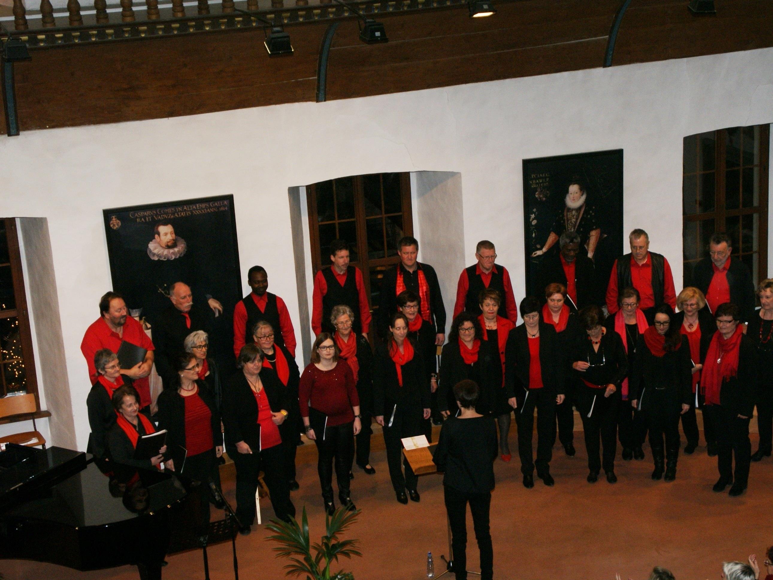Die Nibelungenhort-Sänger entführten ihre Gäste zu einer musikalische Weihnachtsreise!