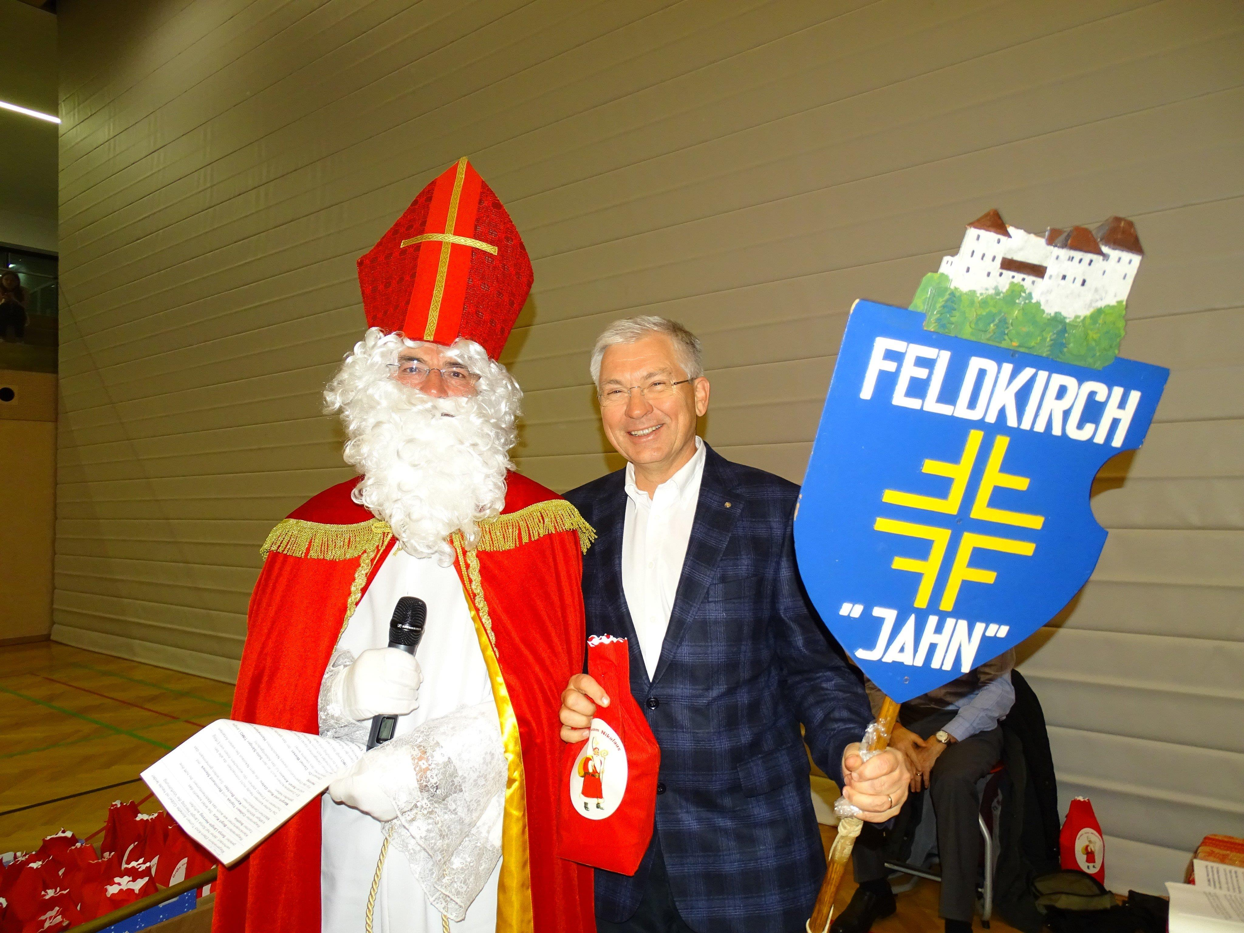 Nikolaus mit dem Obmann Dr. Daniel Wiesner