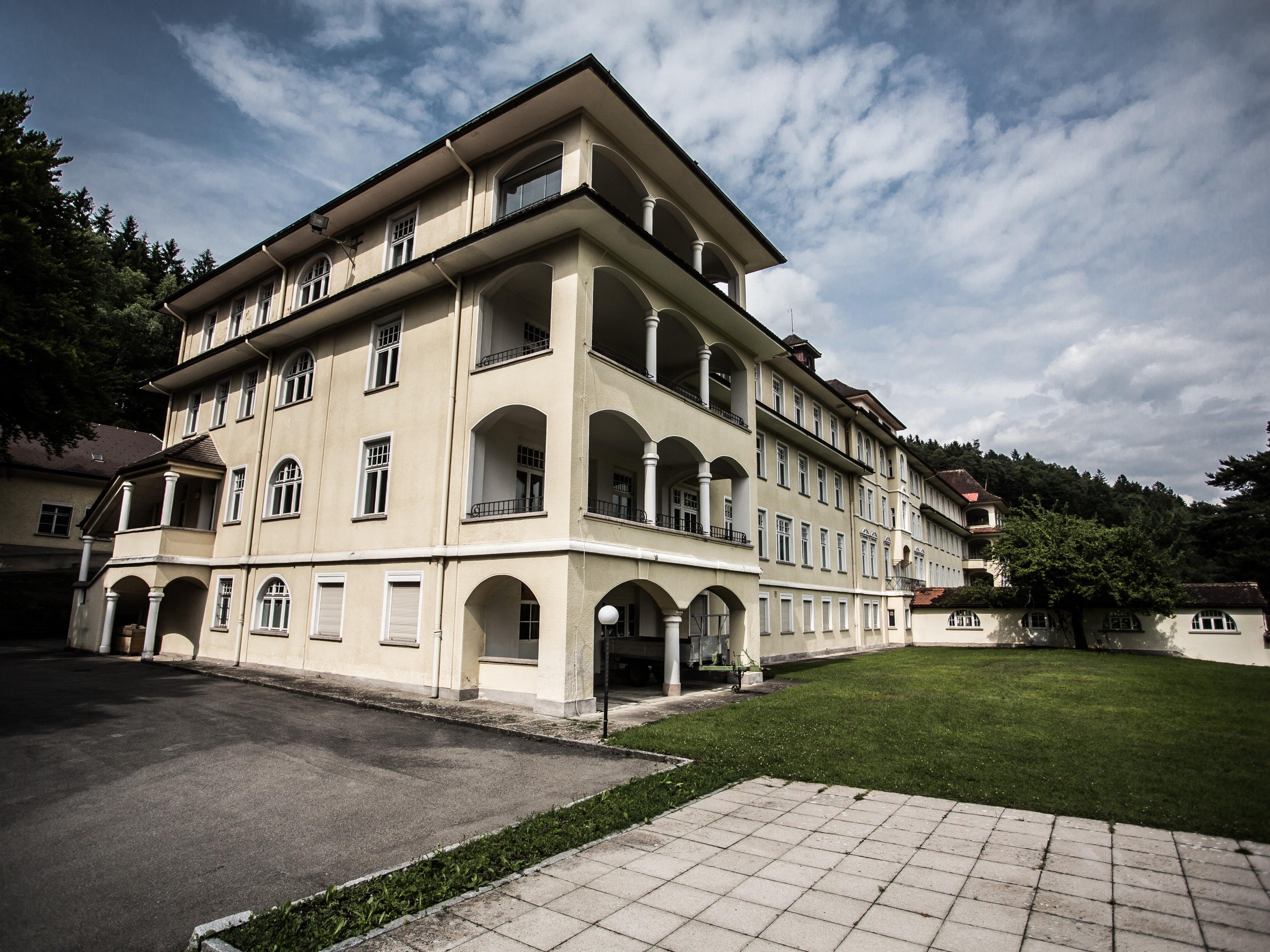 Die frühere Lungenheilanstalt Gaisbühel ist mittlerweile eine Unterkunft für Asylwerber.