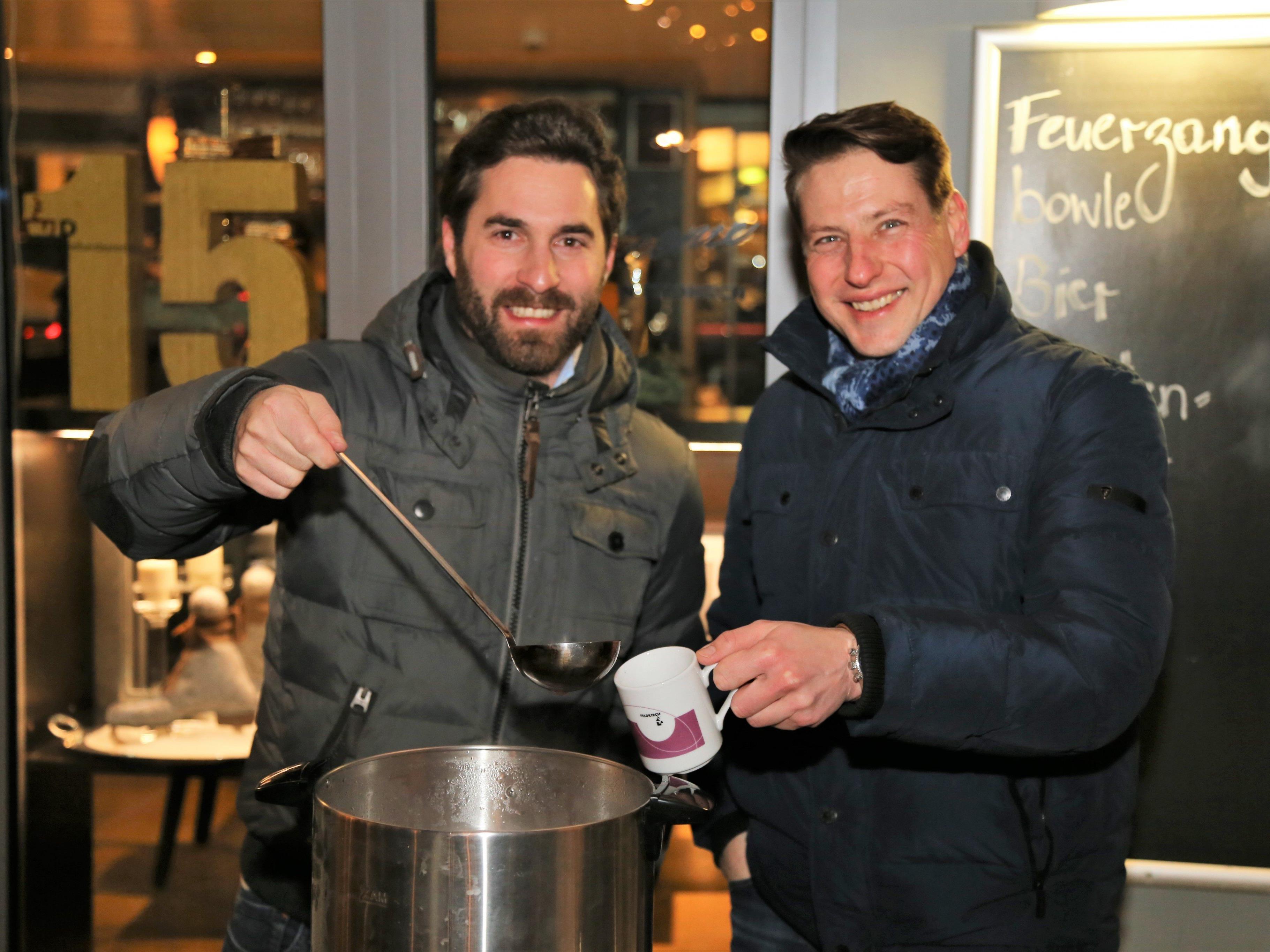 Martin Häusle und Christoph Müller (v. l.) organisierten zu zweit die kleine Charityaktion für den guten Zweck.