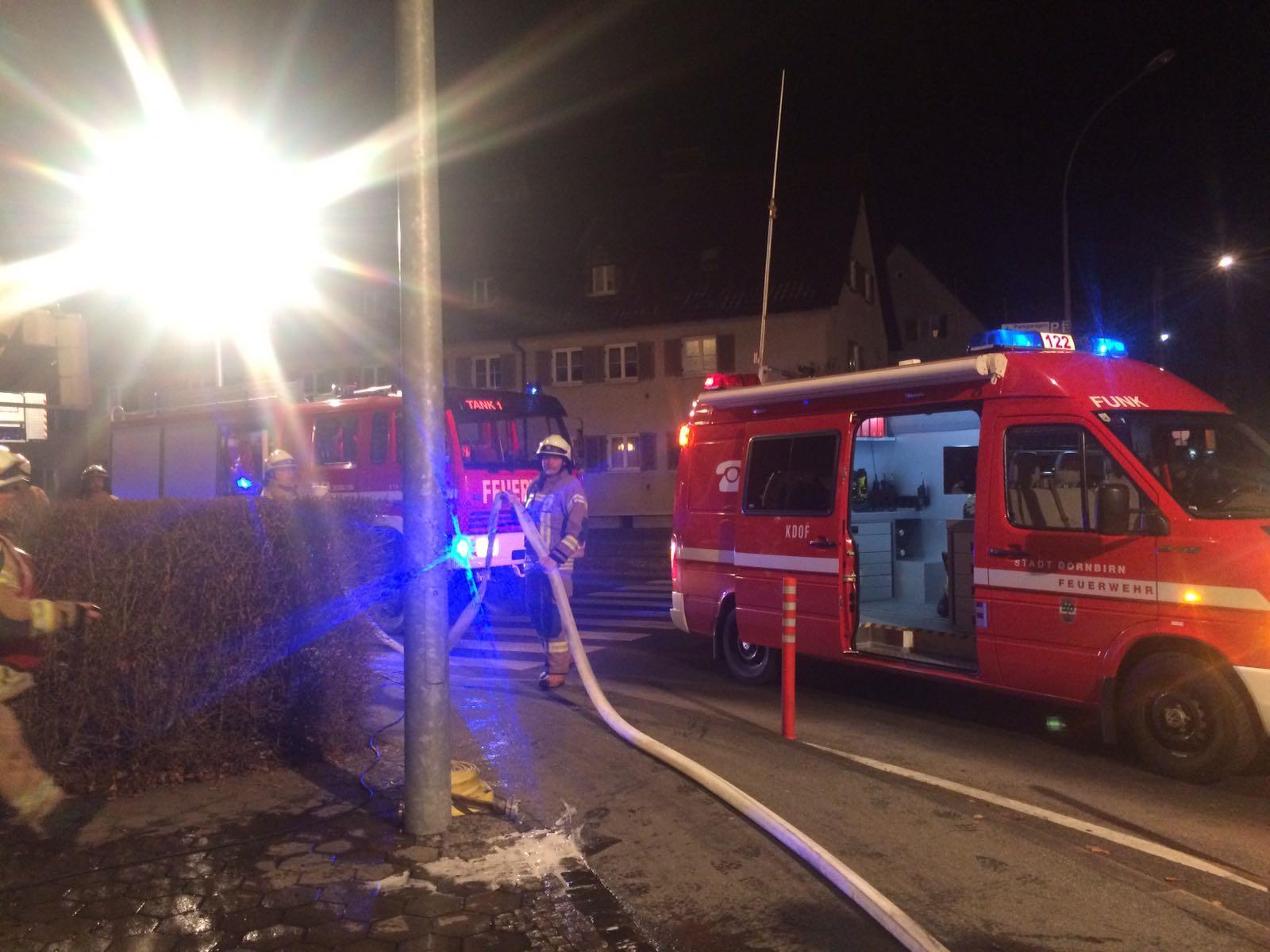 Ein Mehrparteienhaus in Dornbirn musste wegen eines Küchenbrandes zwischenzeitlich geräumt werden.