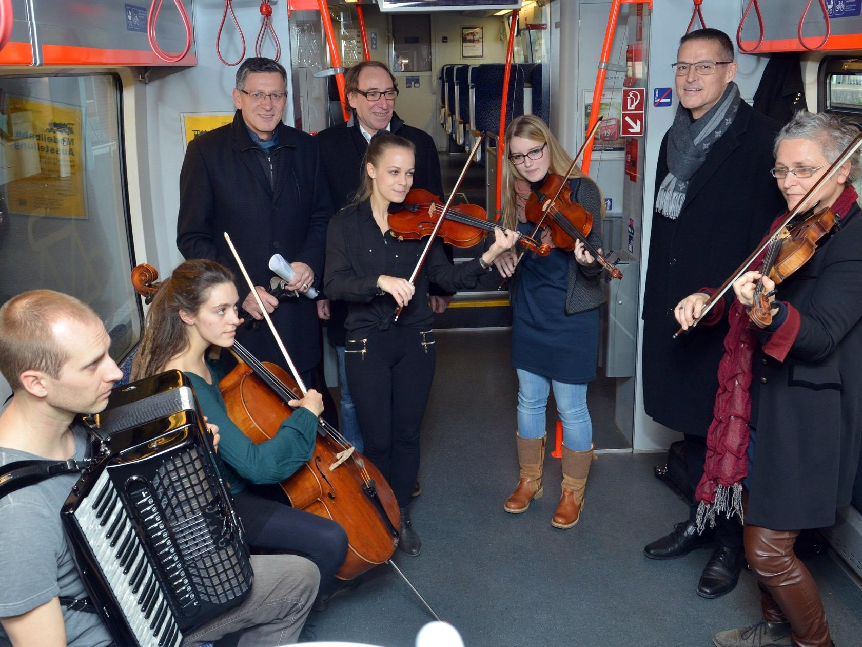 "Die Aktion ""Kultur am Zug"" startet am 10. Dezember."