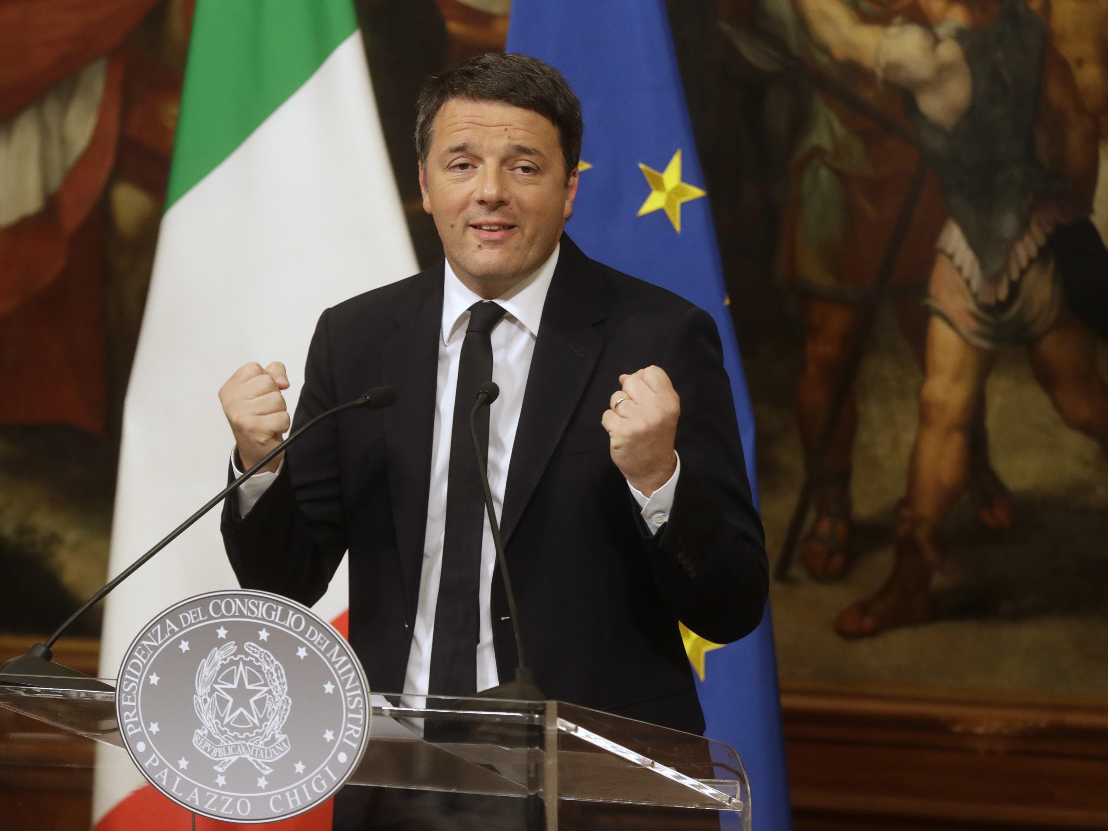 Italiens Premier Renzi bleibt bis zur Verabschiedung des Haushaltsgesetzes im Amt.