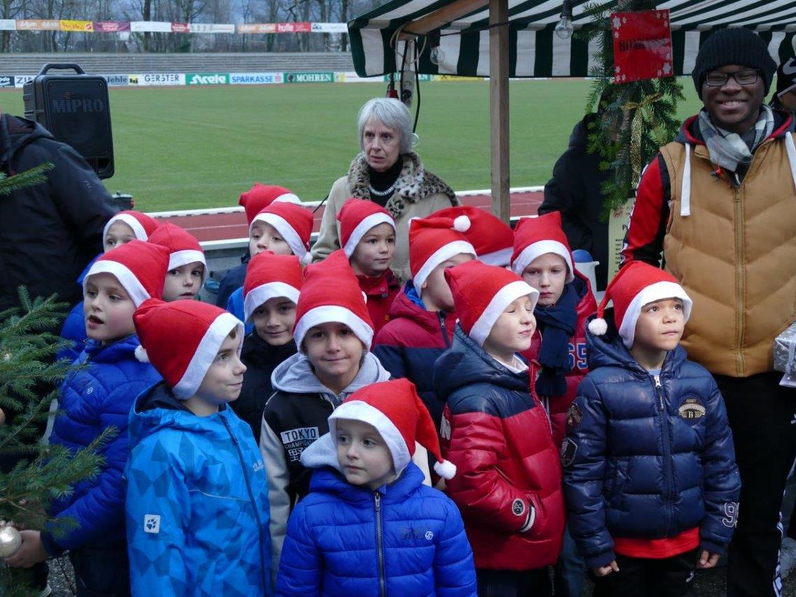 Die Rothosen wurden vergangenen Samstag bei der Nikolausfeier kurzerhand zu den Rotmützen.