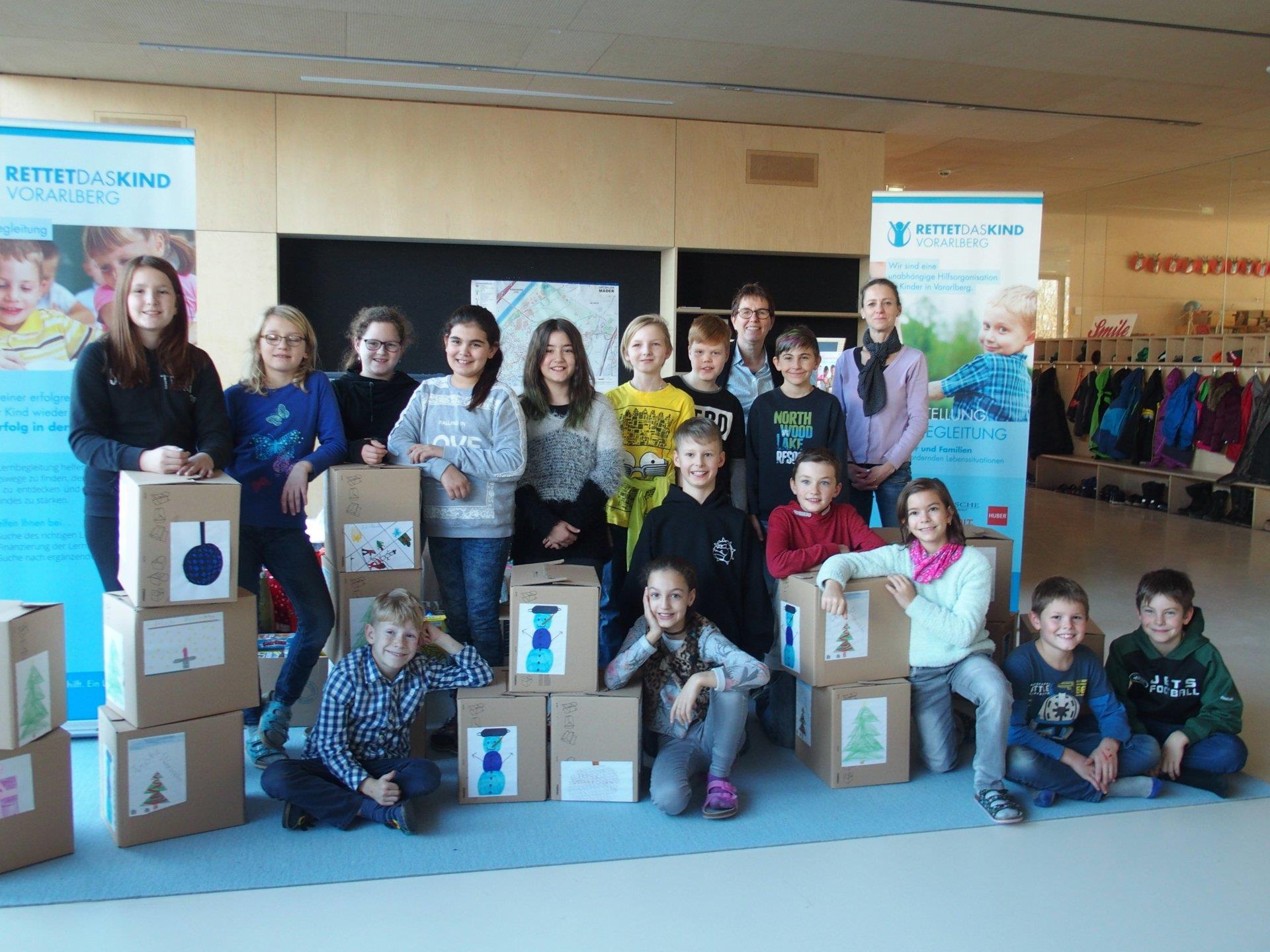 """Die Schüler der VS Mäder nahmen mit großer Freude teil an der Spendenaktion für """"Rettet das Kind"""""""
