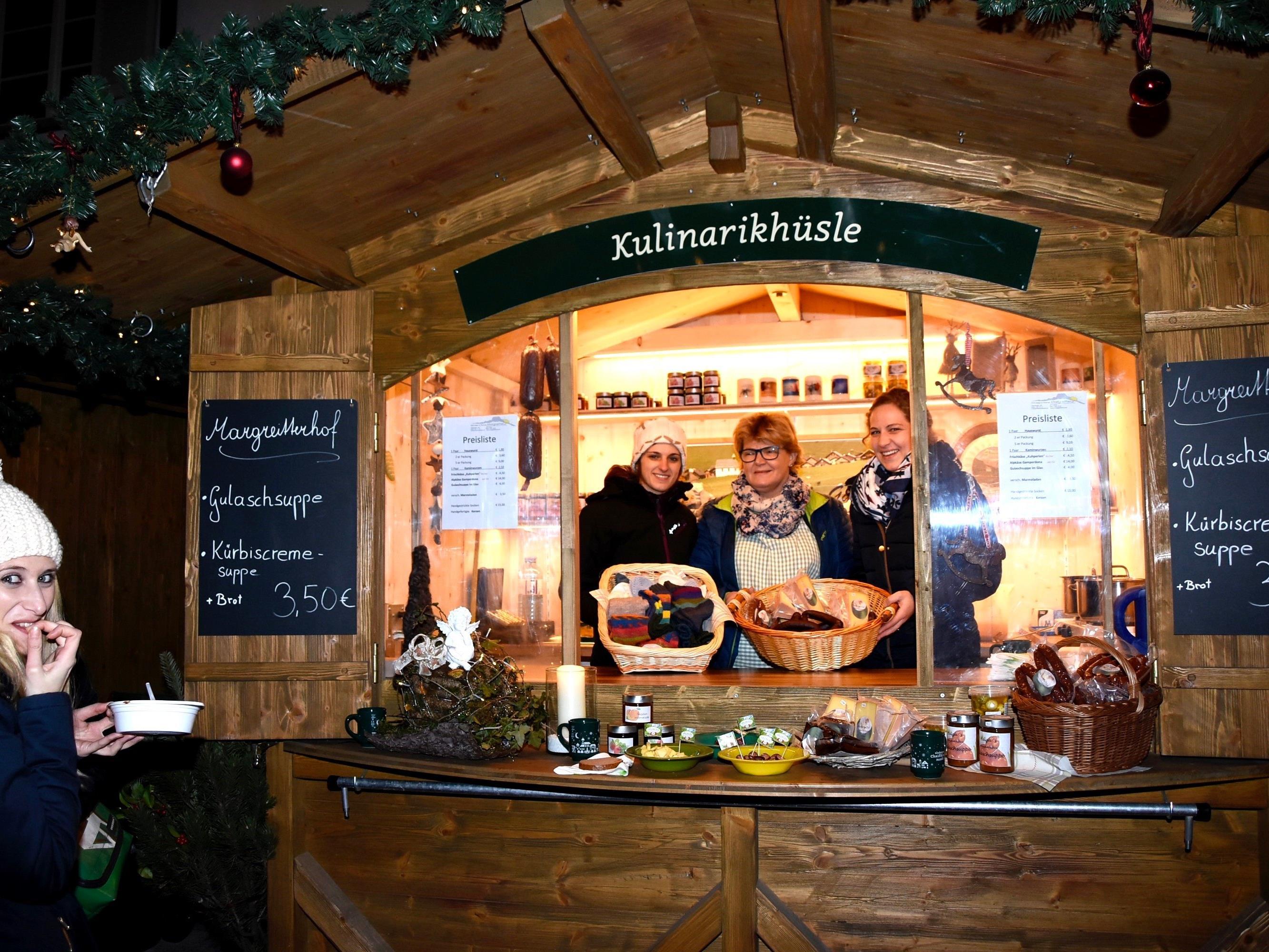 Häuschen des Margreitterhofs am Bludenzer Christkindlemarkt 2016