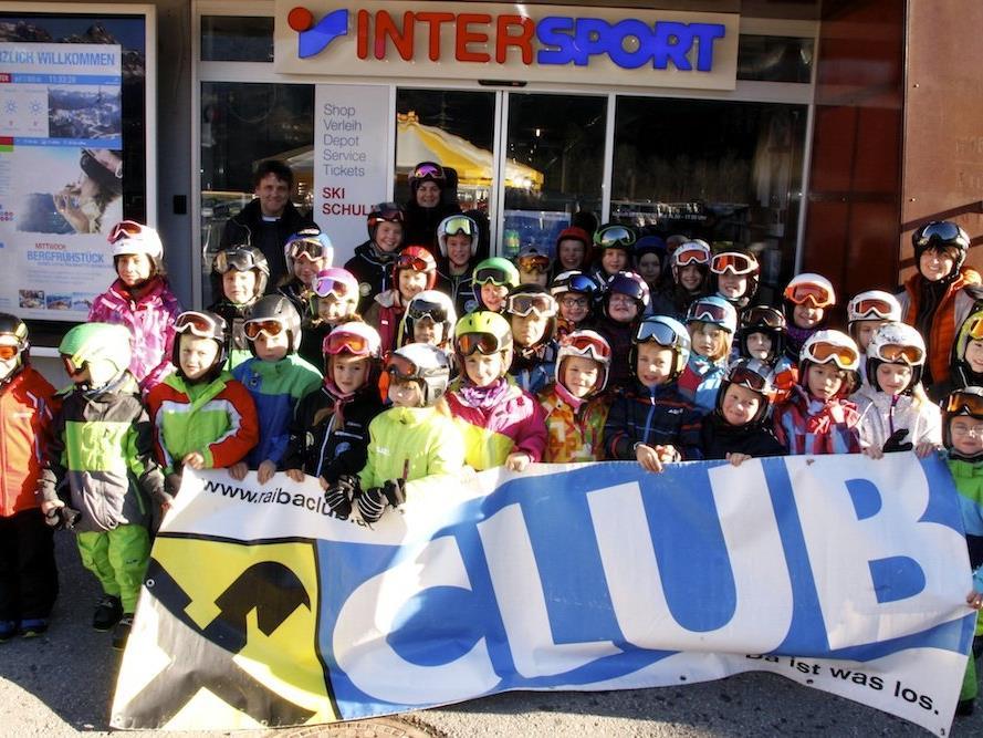 Schnee, Sonne und schulfrei – eine perfekte Kombination für die Schülerinnen und Schüler der Volksschule Silbertal!