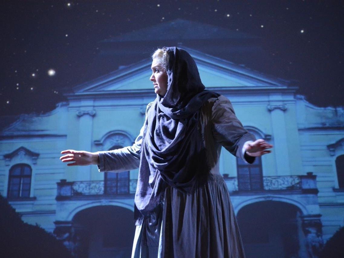 Veronika Dünser spielt eine gute Fee in Cinderella