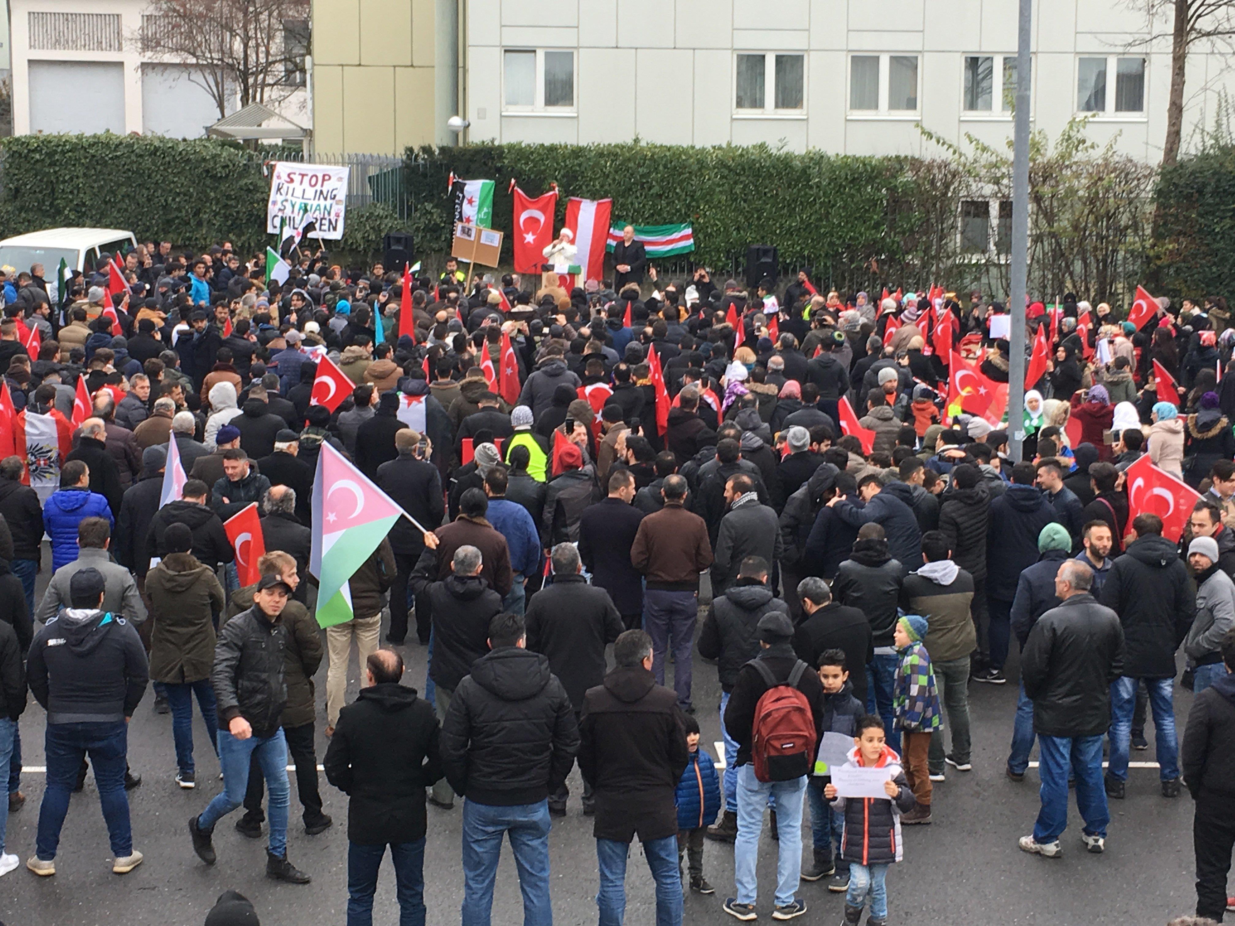 Grünen-Klubobmann Adi Gross wendet sich in einem offenen Brief an den Veranstalter der Kungebung am vergangenen Sonntag in Bregenz.