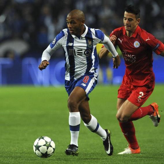 Porto steht im Achtelfinale