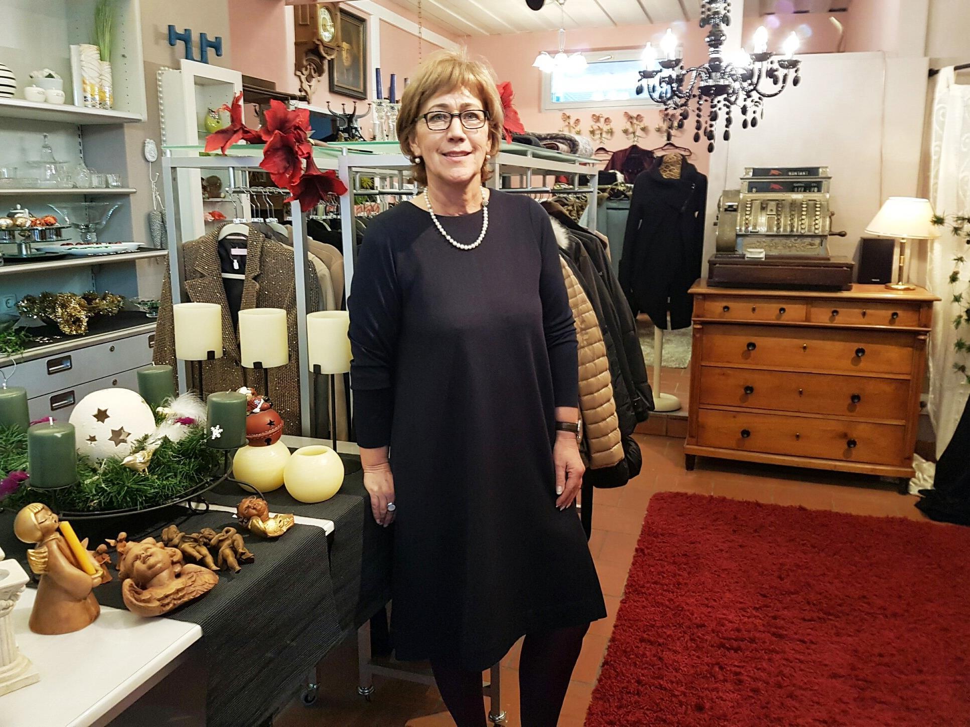 Sissy Müller in ihrem Geschäftslokal