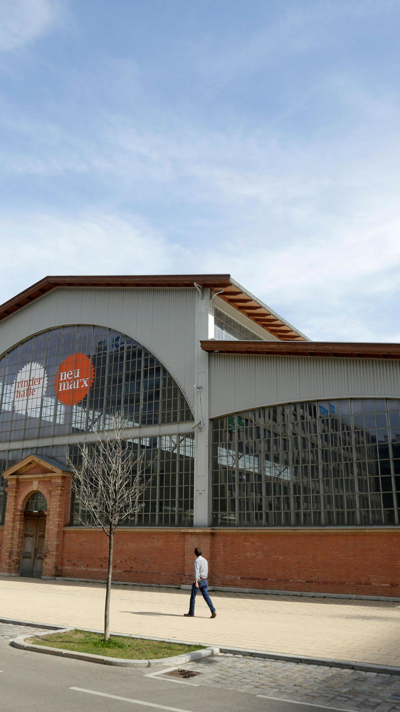 """Die einstige Rinderhalle im Wiener Stadtteil St. Marx - nun """"Marx Halle"""""""