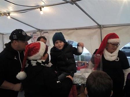 Rätia-Weihnachtsmarkt für einen guten Zweck