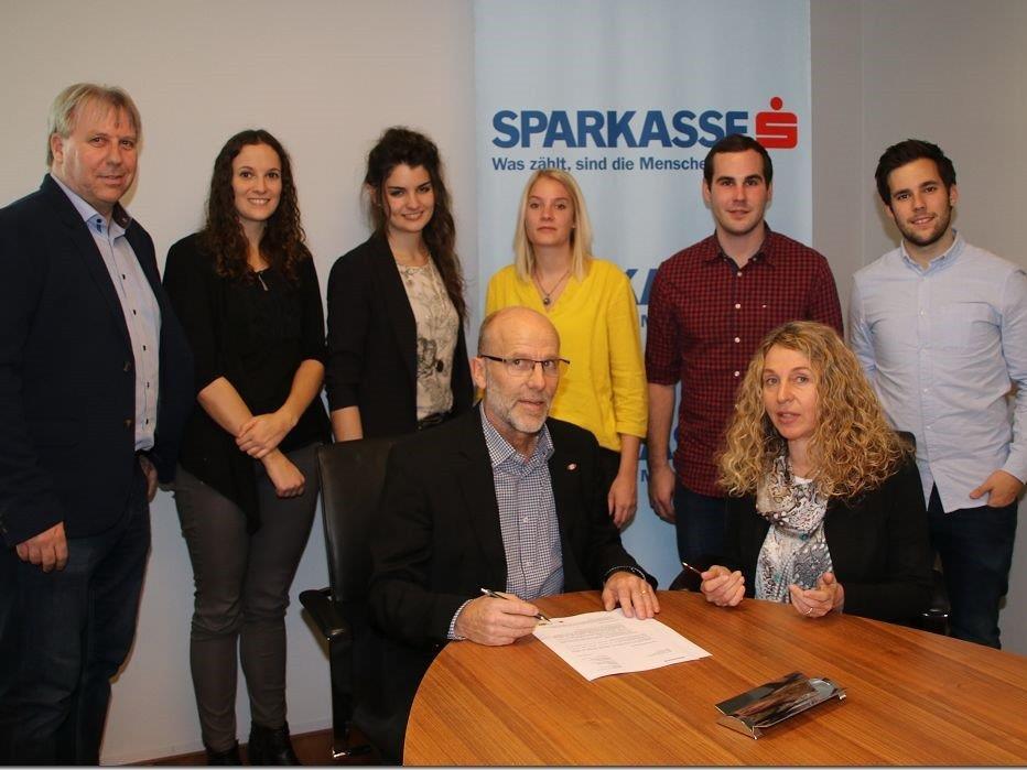 Die Vorarlberger Sparkassen unterstützen den Schulsport