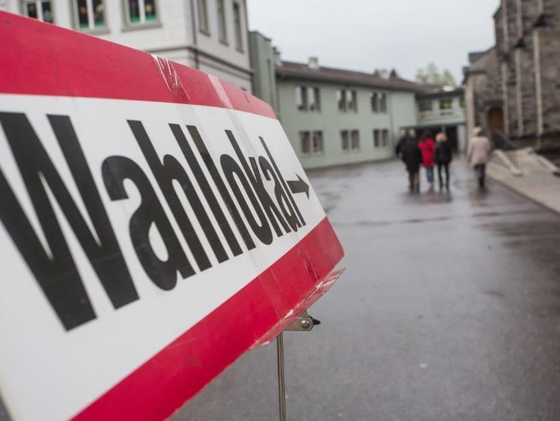Öffnungszeiten der Wahllokale im Bezirk Bludenz.