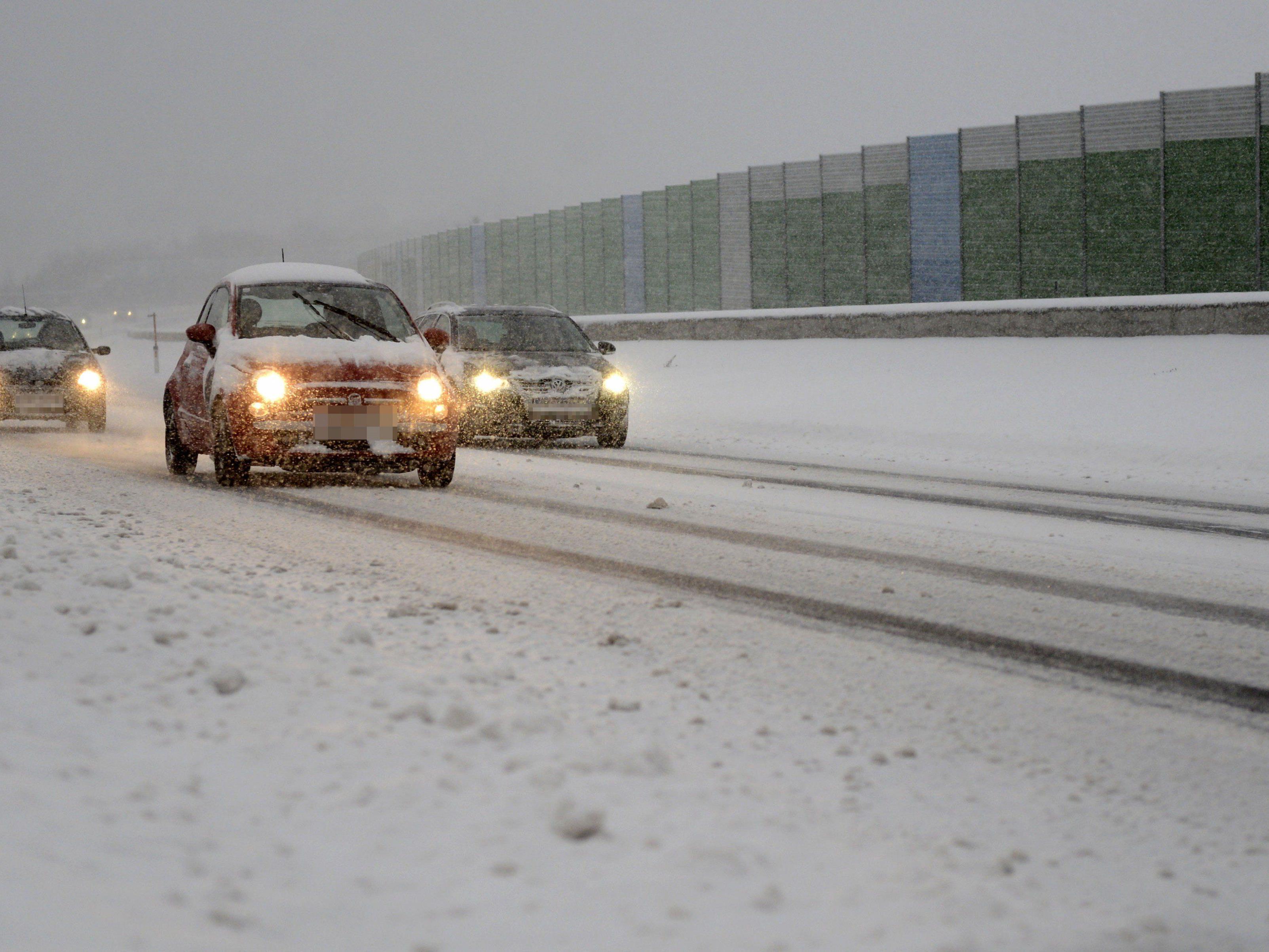 Der Wintereinbruch sorgte für einen Ansturm auf die Autowerkstätten: