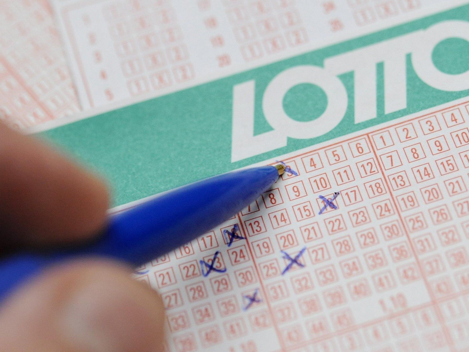 Zum 37. Mal loben die Österreichischen Lotterien einen Vierfachjackpot aus. In der Mittwochsziehung warten 6,2 Millionen Euro.